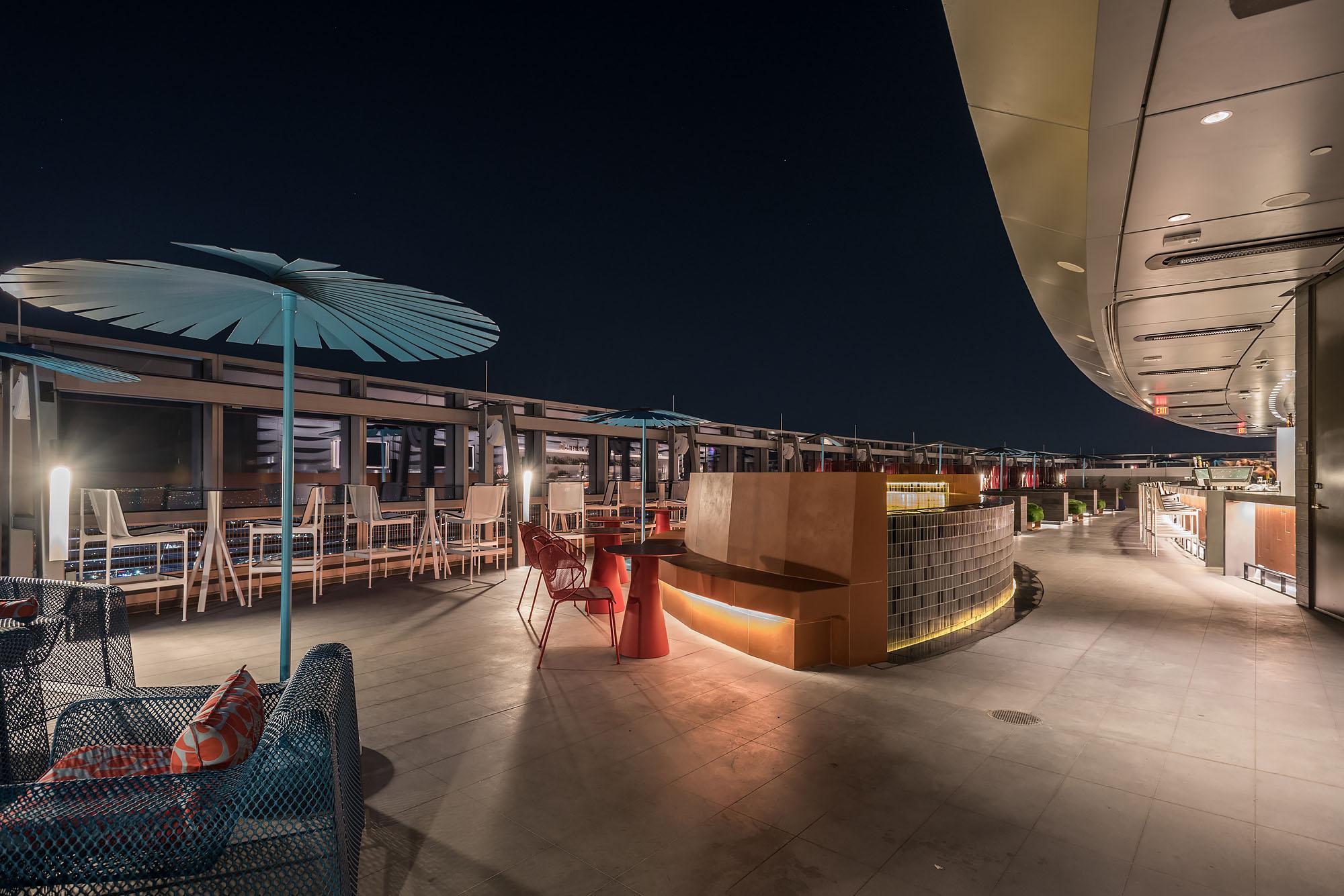 Downtown La S Stunning Spire 73 Is America S Tallest Open