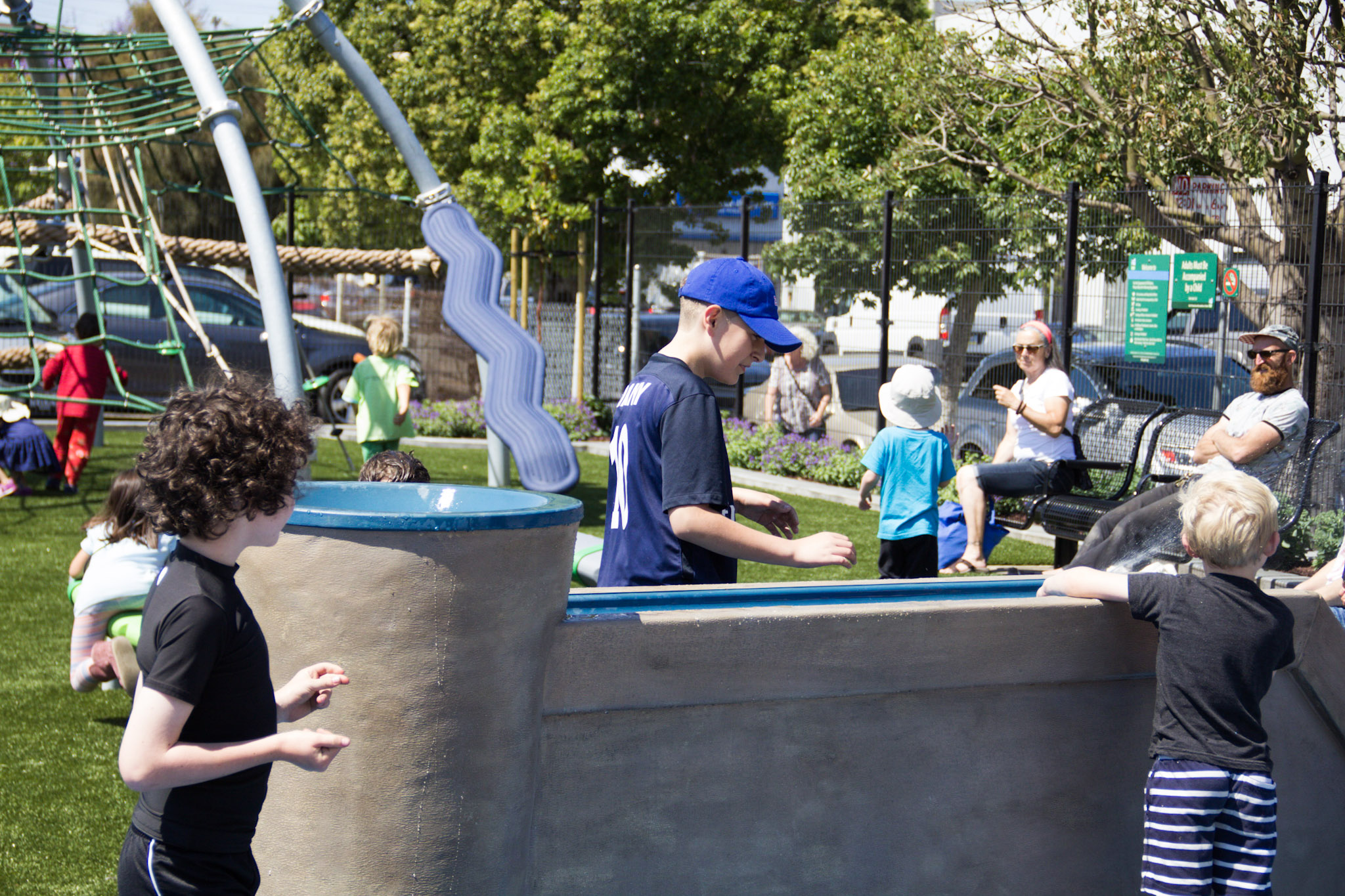 New Park With Wet Plaza Opens In The Mission Curbed Sf