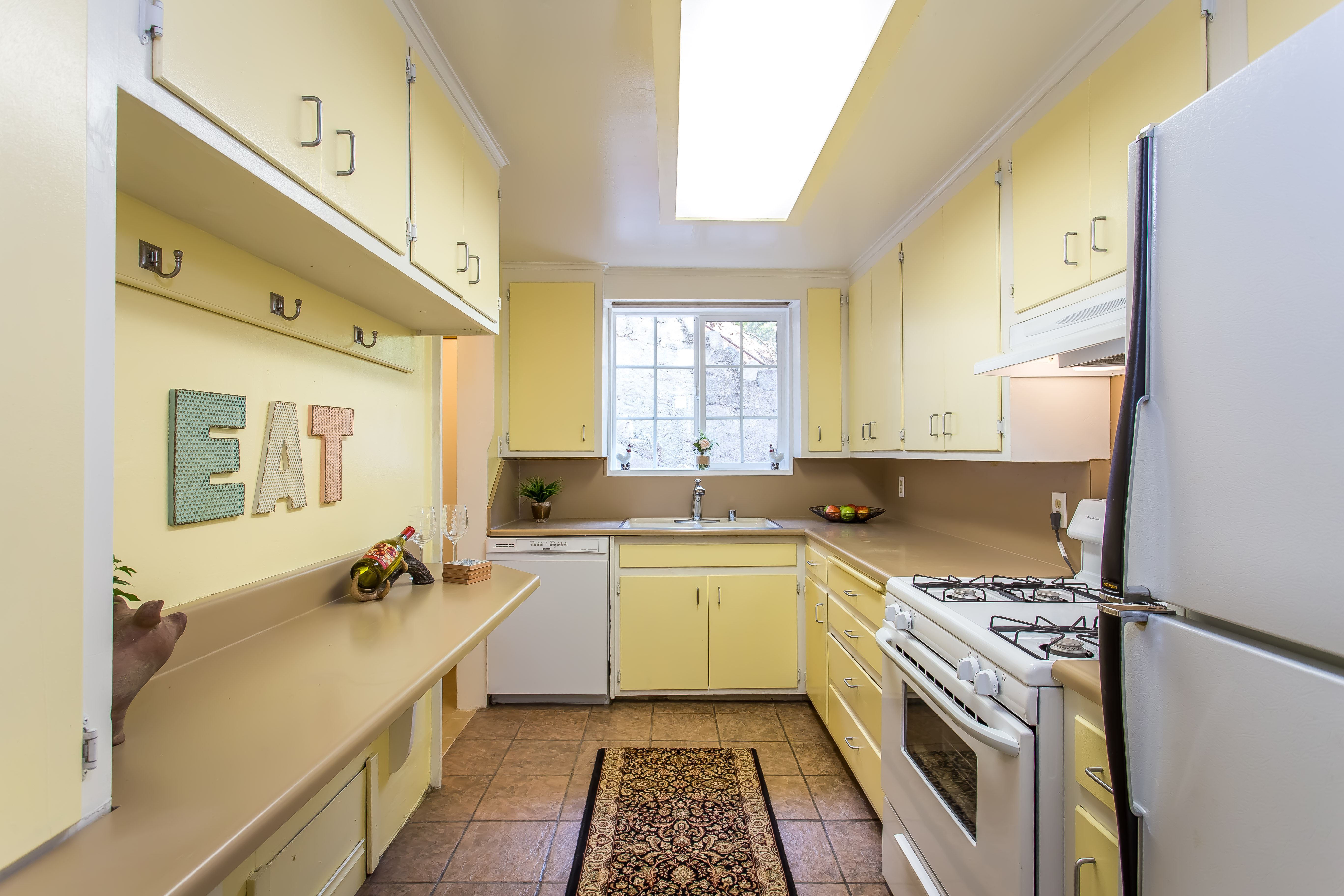 in burbank one bedroom house with rooftop deck asks 549k curbed la kitchen bedroom with wide window