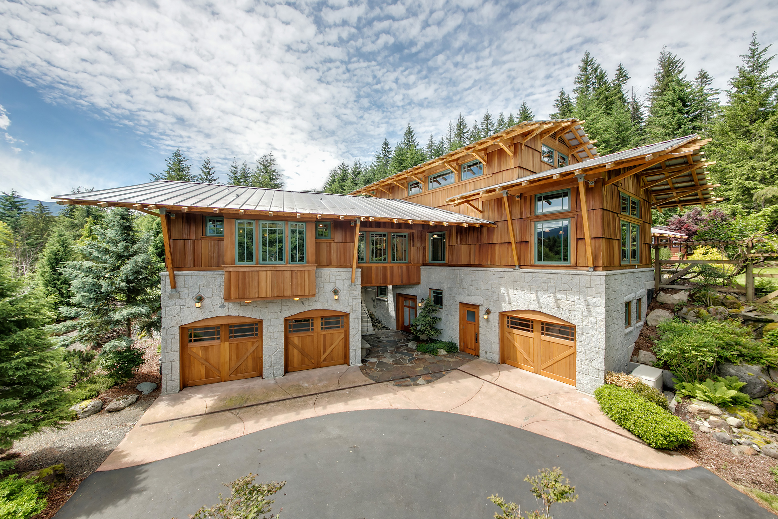 Look At The Beams, A Highlight Of The Log Lodge Style. They Extend Past The  Roof, And Support The Eaves Outside. Inside, The Post And Beam Construction  ...