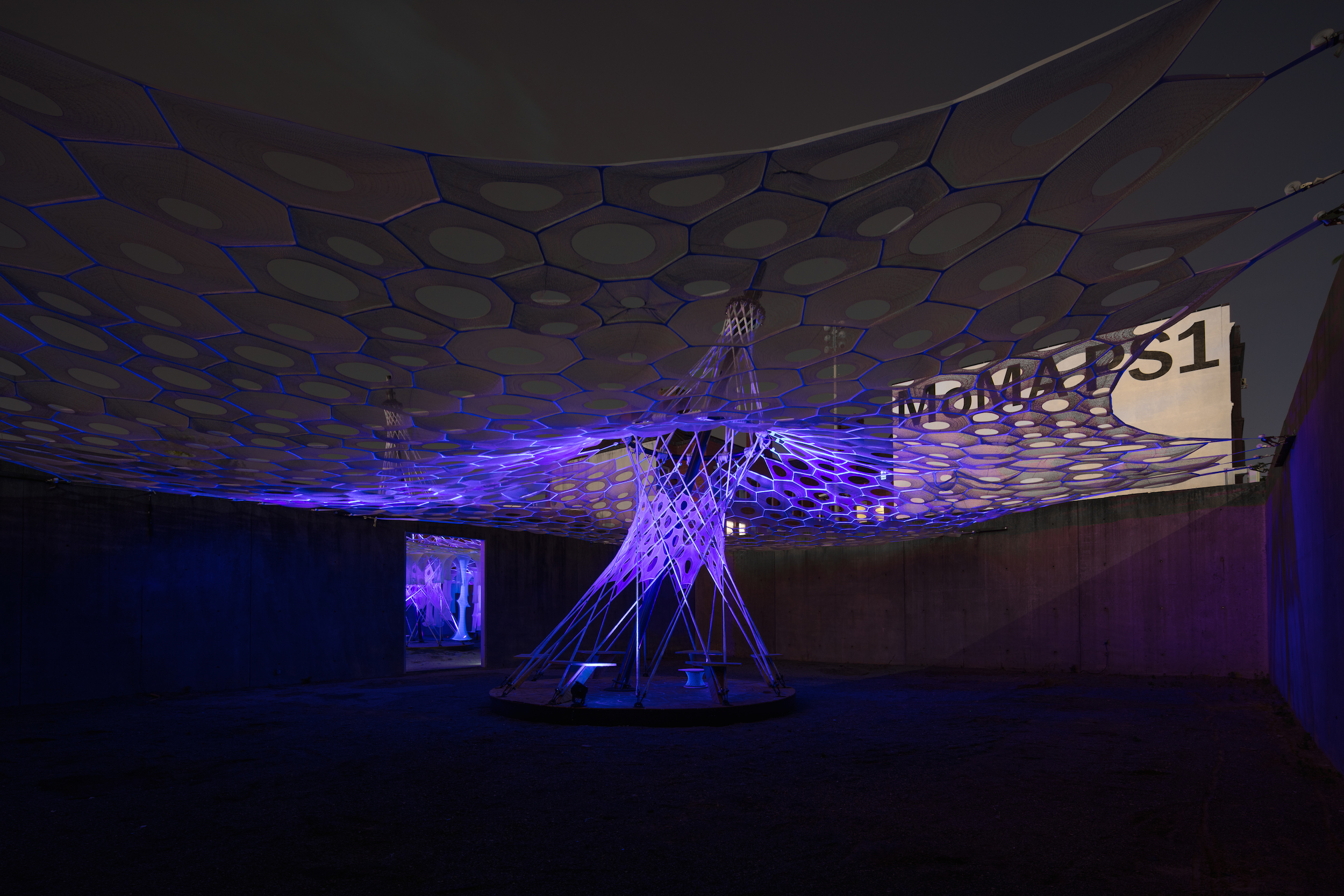 moma ps1 hosts jenny sabin's robot-woven solar canopy - curbed