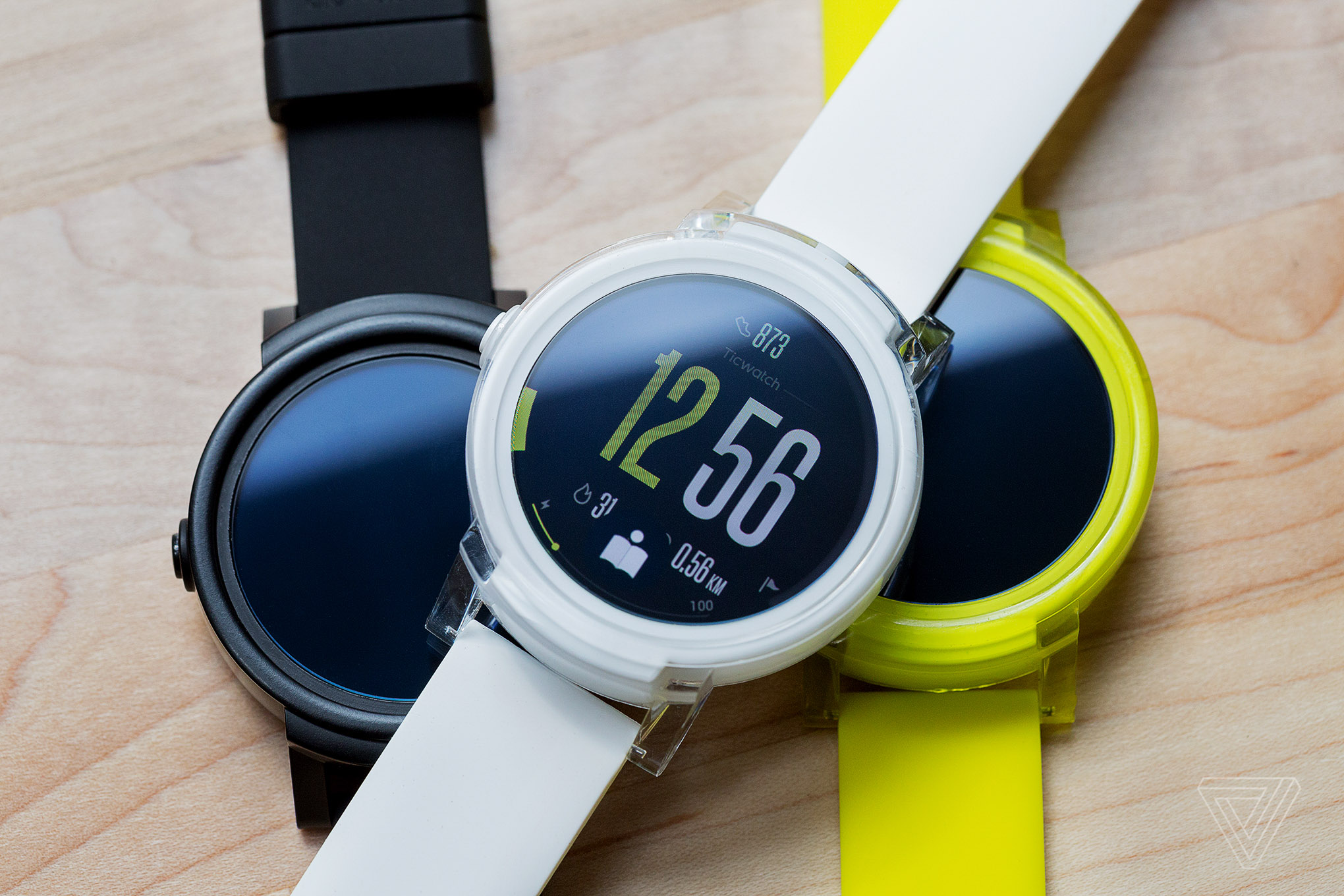 You like a Smartwatch with Android Wear? Perhaps Your Mobile No Is Compatible