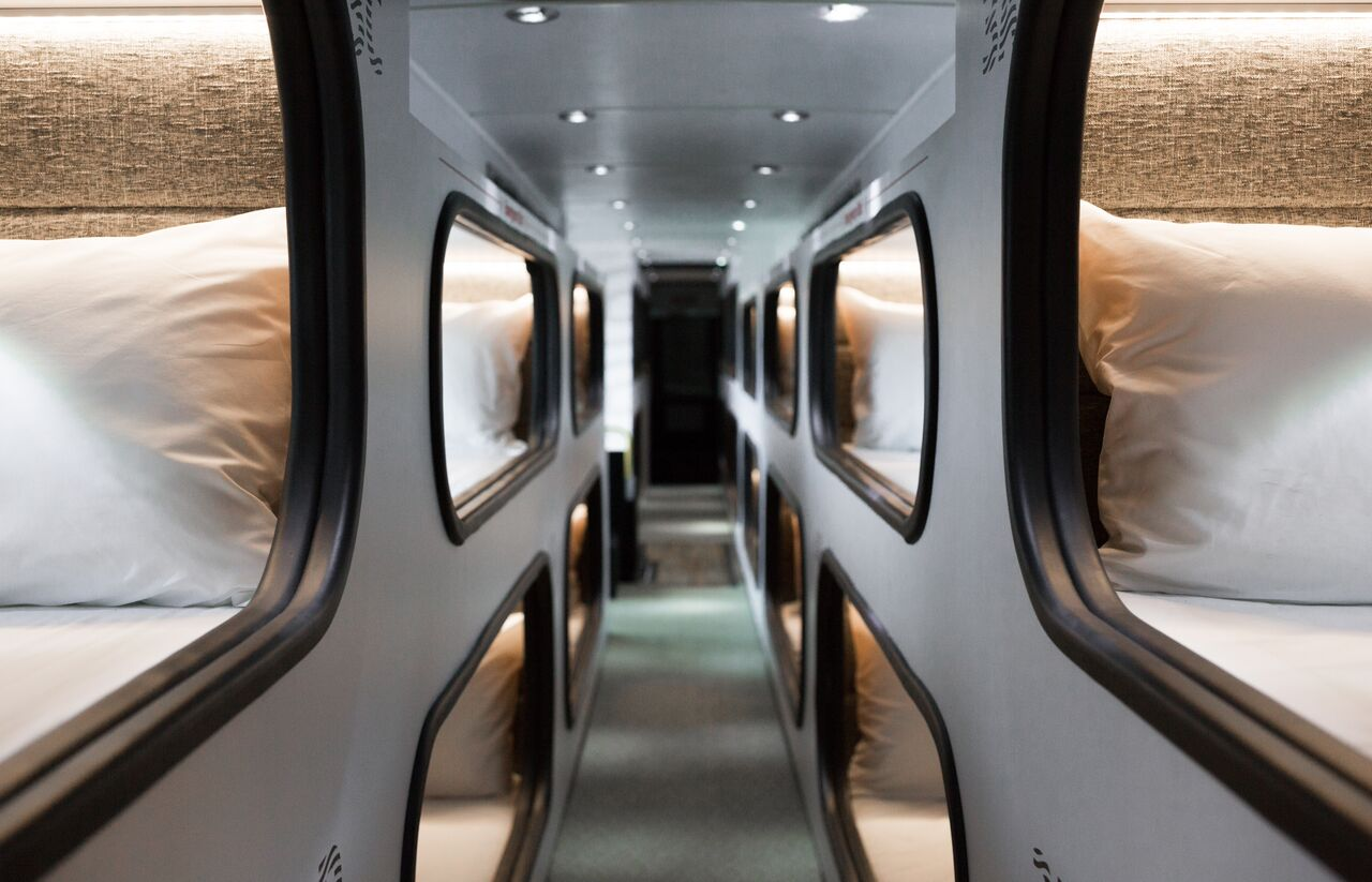 Sleep pod buses between la and sf rolling out this month curbed sf - Beautiful snooze bedroom suites packing comfort in style ...