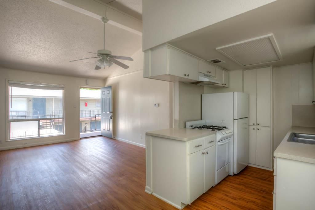 How Big Is 500 Square Feet Article Image Apartments