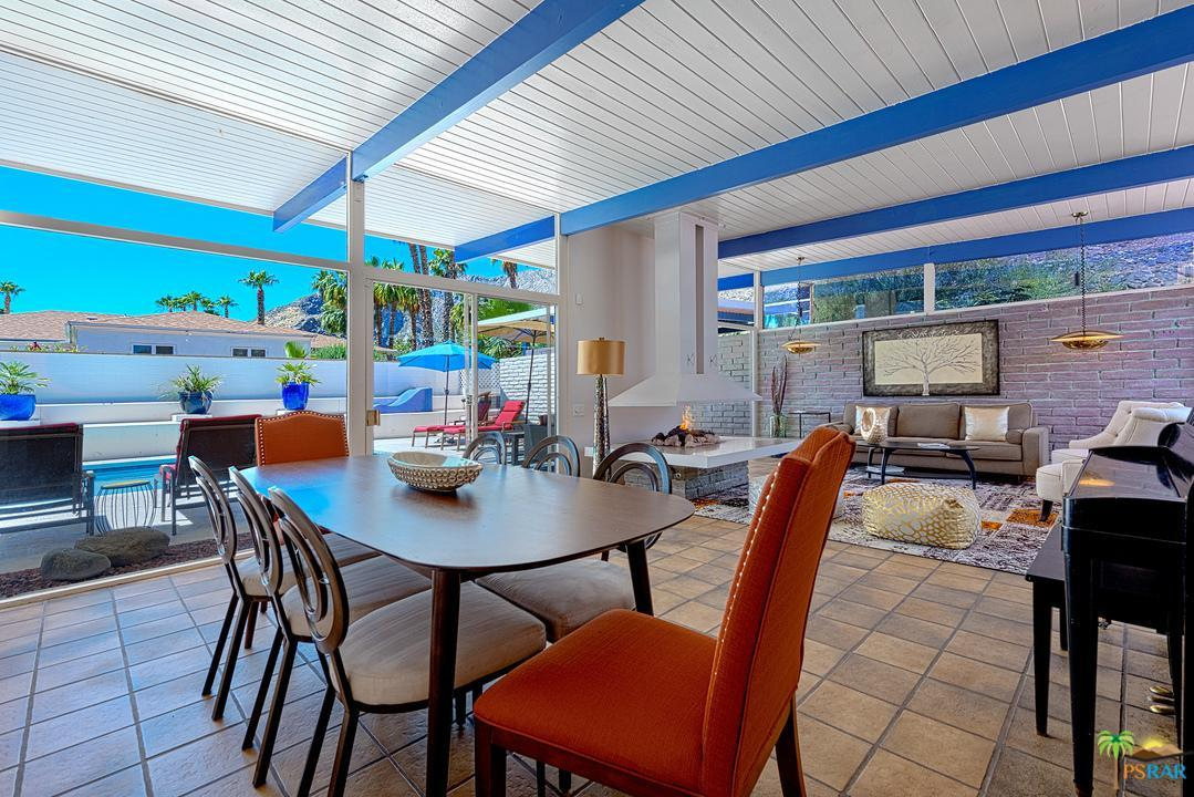 1950s Palm Springs Bungalow With Pool Wants 1 3m Curbed