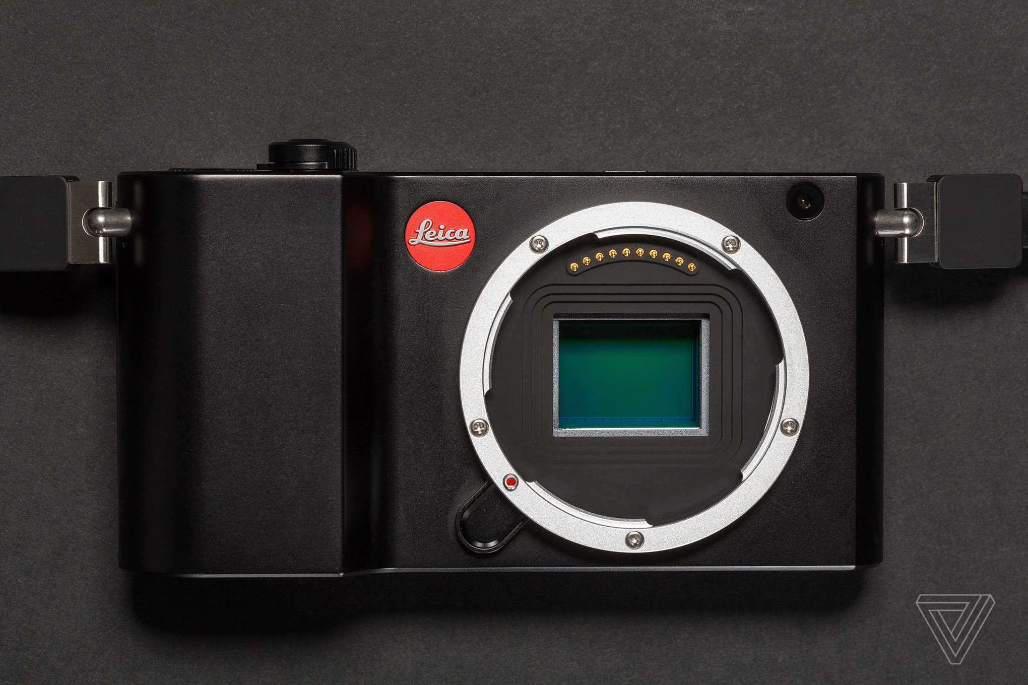 Leica TL2 Mirrorless Camera Launched With 24-Megapixel Sensor, 4K Video Recording