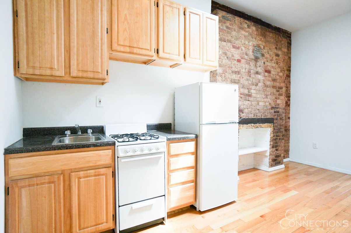 new york rent comparison what 2 300 month gets you right now