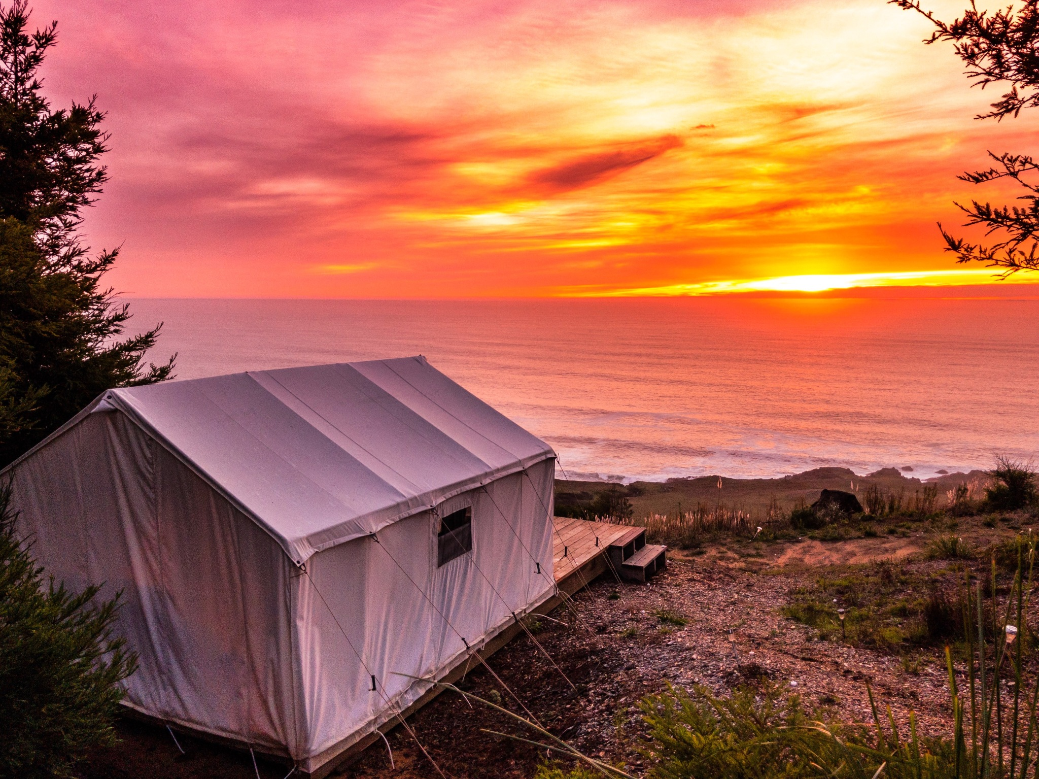 The ocean views from the tents at Terra Gl&ing in Northern California. Courtesy of Terra Gl&ing & Glamping: The 9 best resorts in the U.S. - Curbed