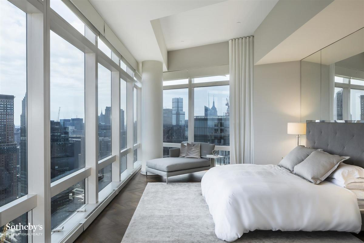 125k time warner center penthouse is now nyc 39 s most for Rent a hotel for a month
