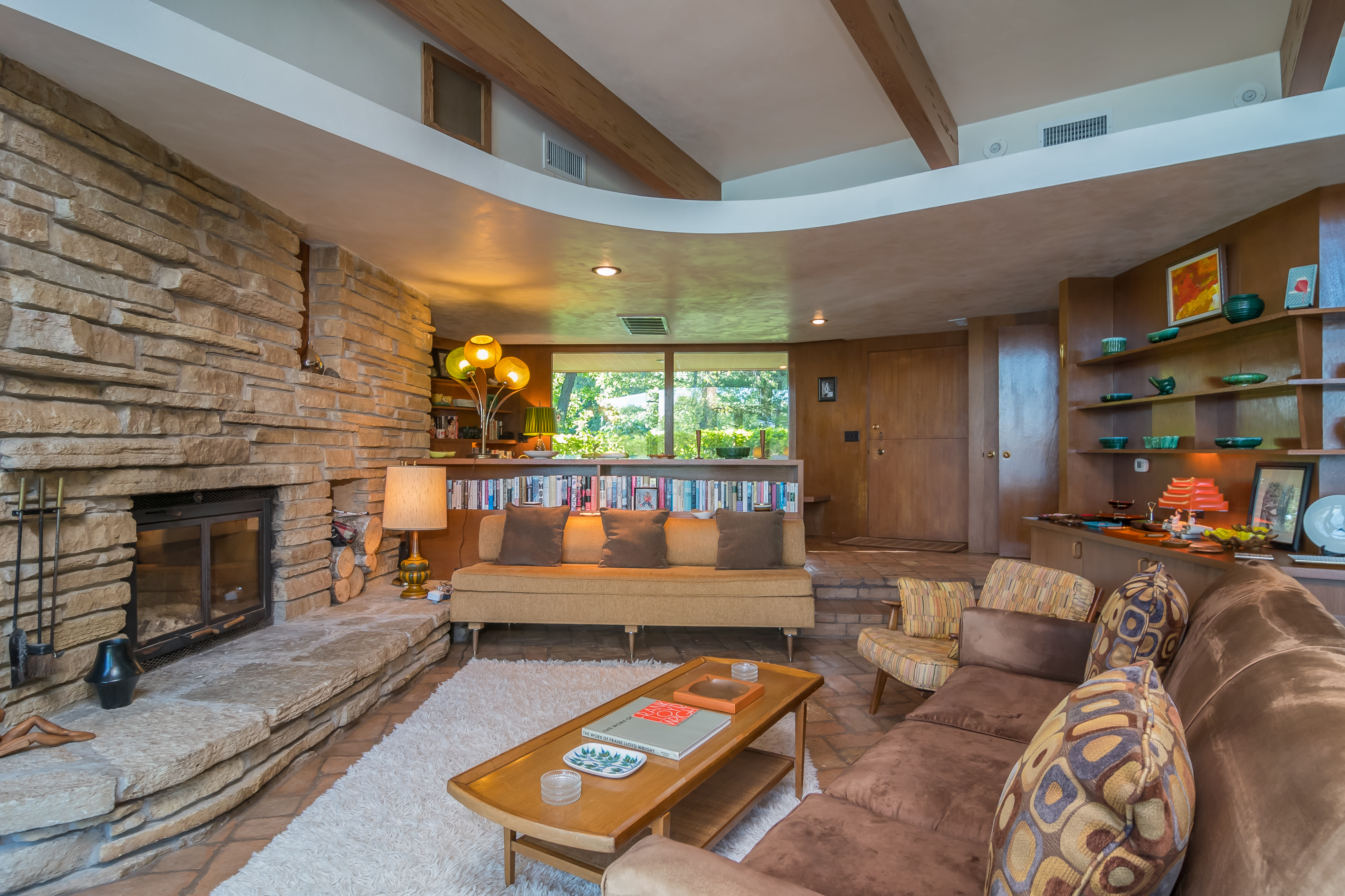 ... Built In Storage And Furniture, And The Floors, While Floor To Ceiling  Windows And Sliding Glass Doors Frame Generous Views Of Beaver Dam Lake  From ...