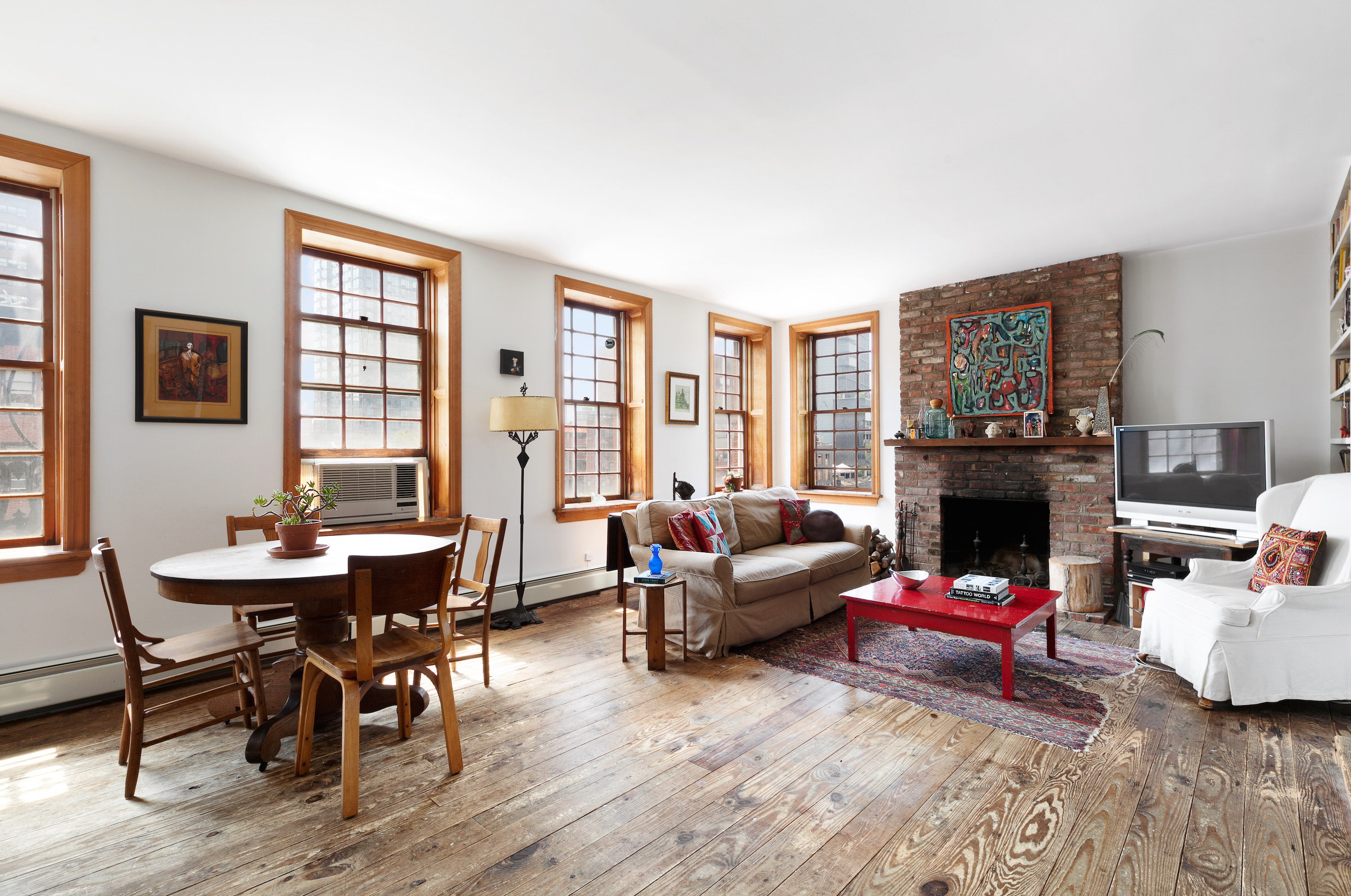 East Villageu0027s Hidden Cape Cod Style Rooftop Cottage Seeks $3.5M [Curbed] Part 72