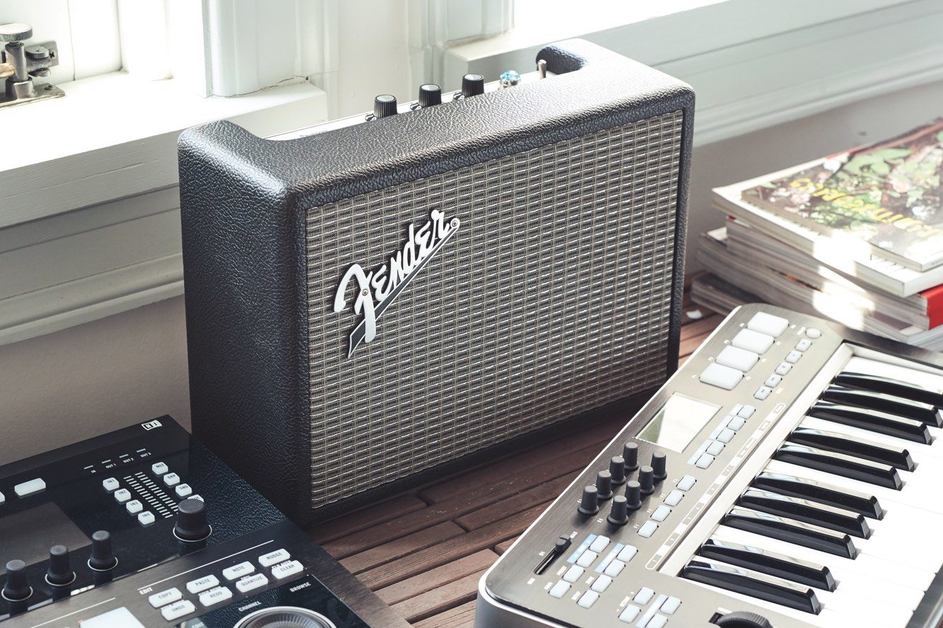 Fender S New Bluetooth Speakers Look Just Like Mini Guitar