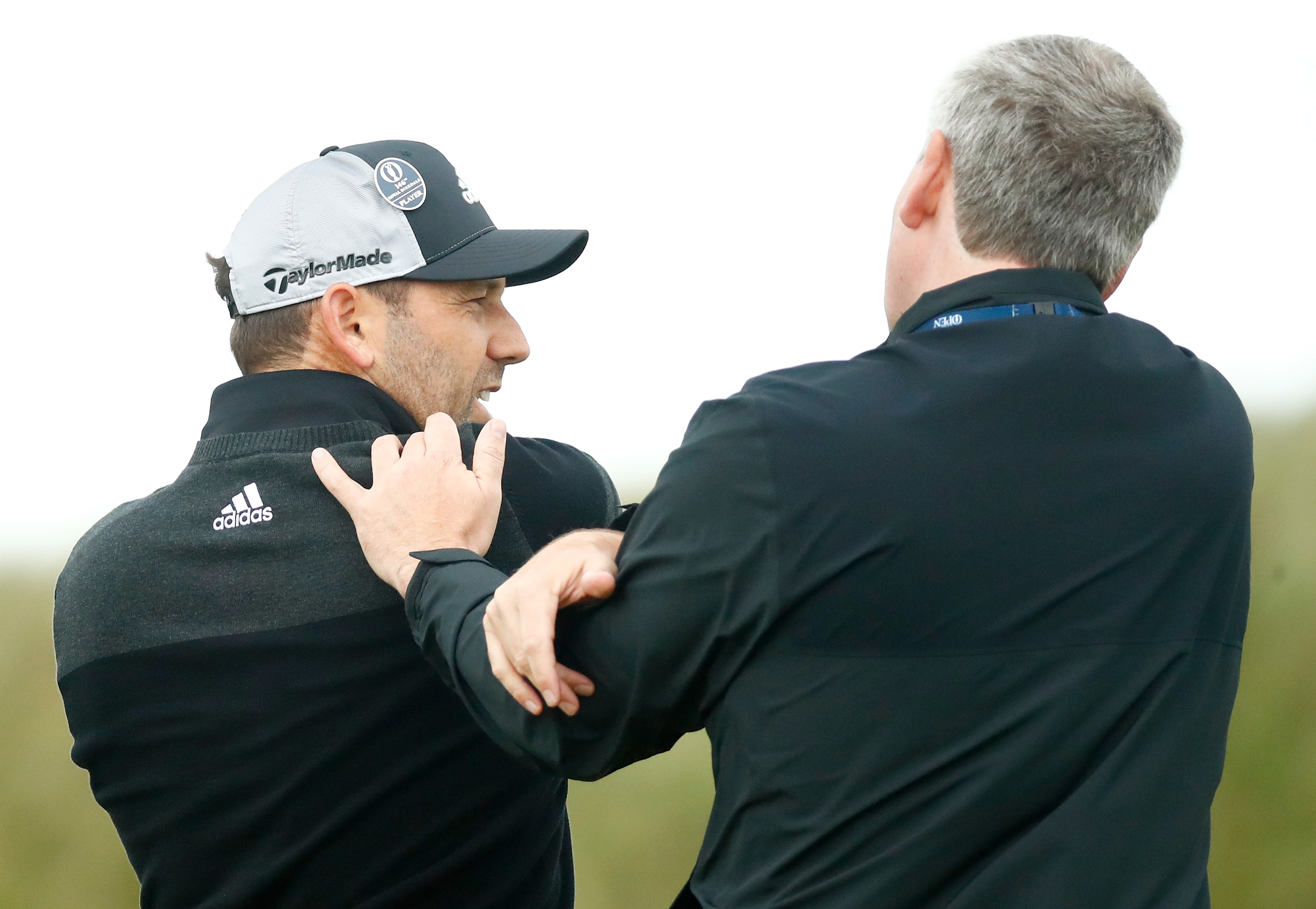 Sergio Garcia hurts himself by hitting gorse with club