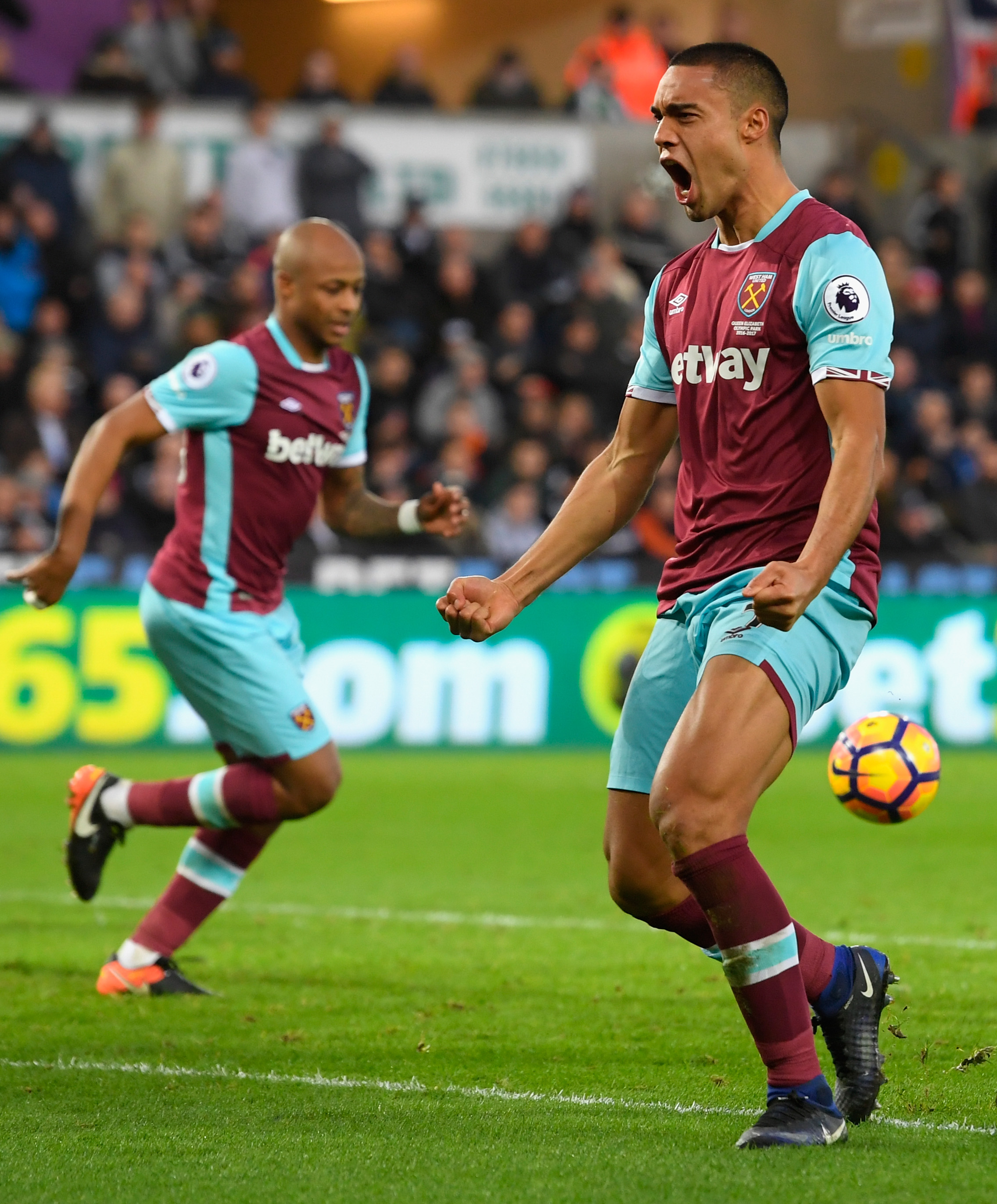 Swansea City v West Ham United- Premier League