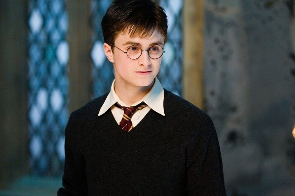 Ranking the 20 most important harry potter haircuts the ringer this is the best daniel radcliffe looked in the entire harry potter series his hair is messy as it should be but in a cool im doing this on purpose pmusecretfo Choice Image