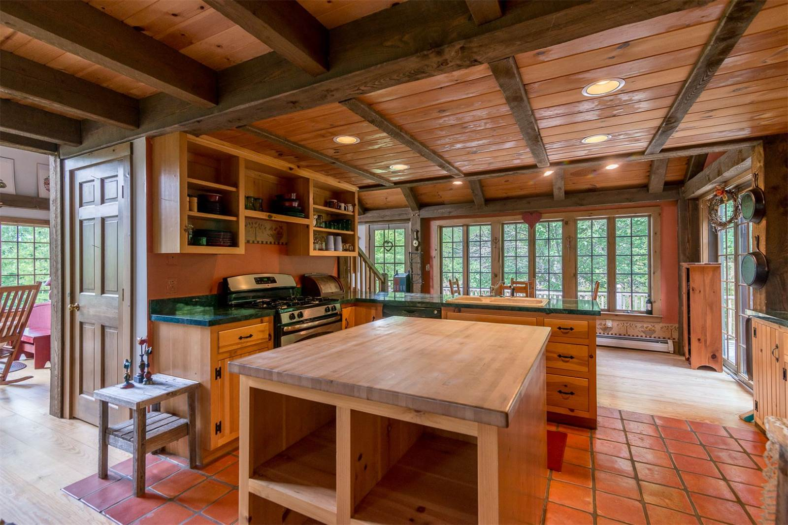 Bright and airy cabin in the vermont mountains wants 399k for Cooper s cabin park city