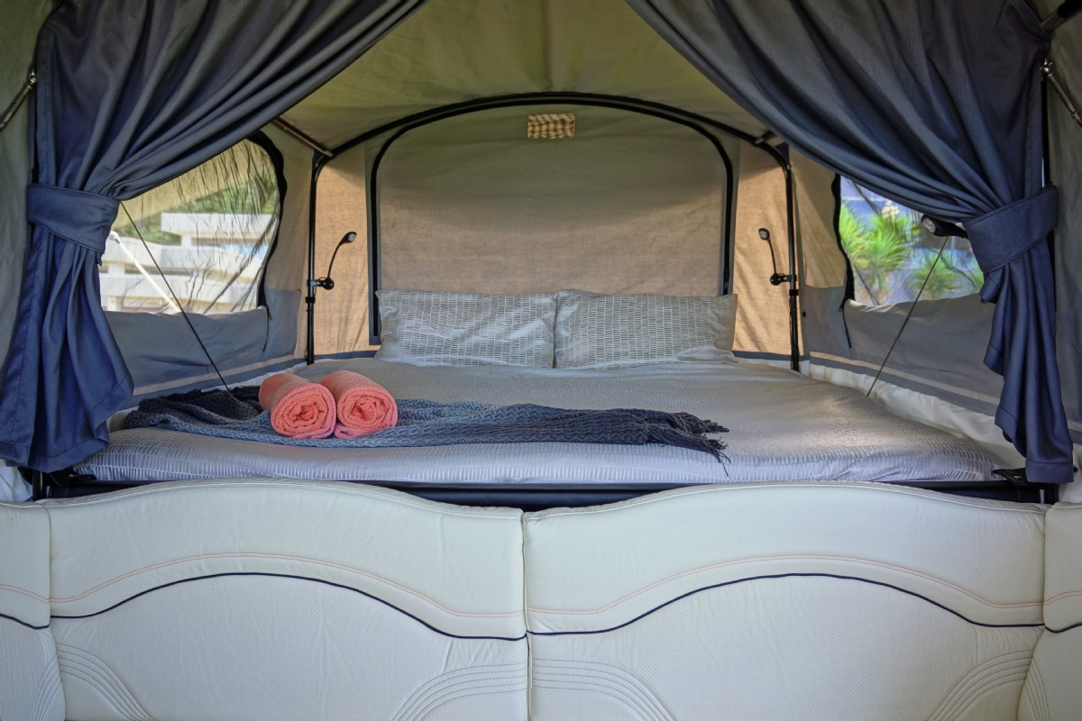 Tiny Trailer Pops Up To Reveal King Size Bed Curbed