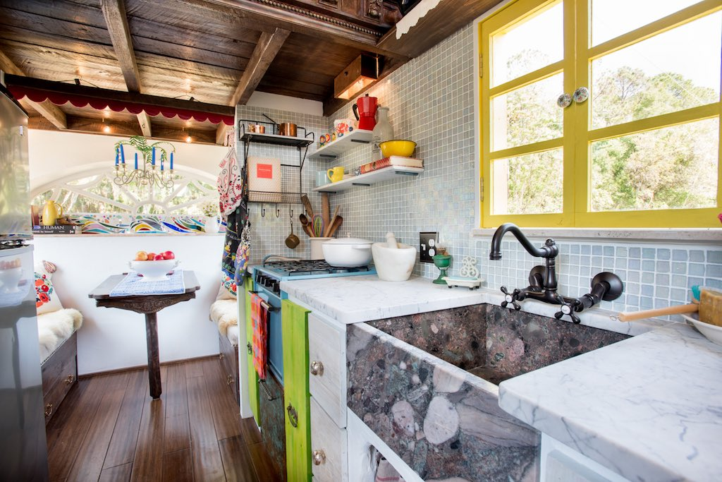 Dream tiny house comes with a pizza oven fireplace - Curbed