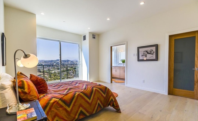 Los angeles homes for sale what 900k buys you around la - 8 bedroom homes for sale in los angeles ...