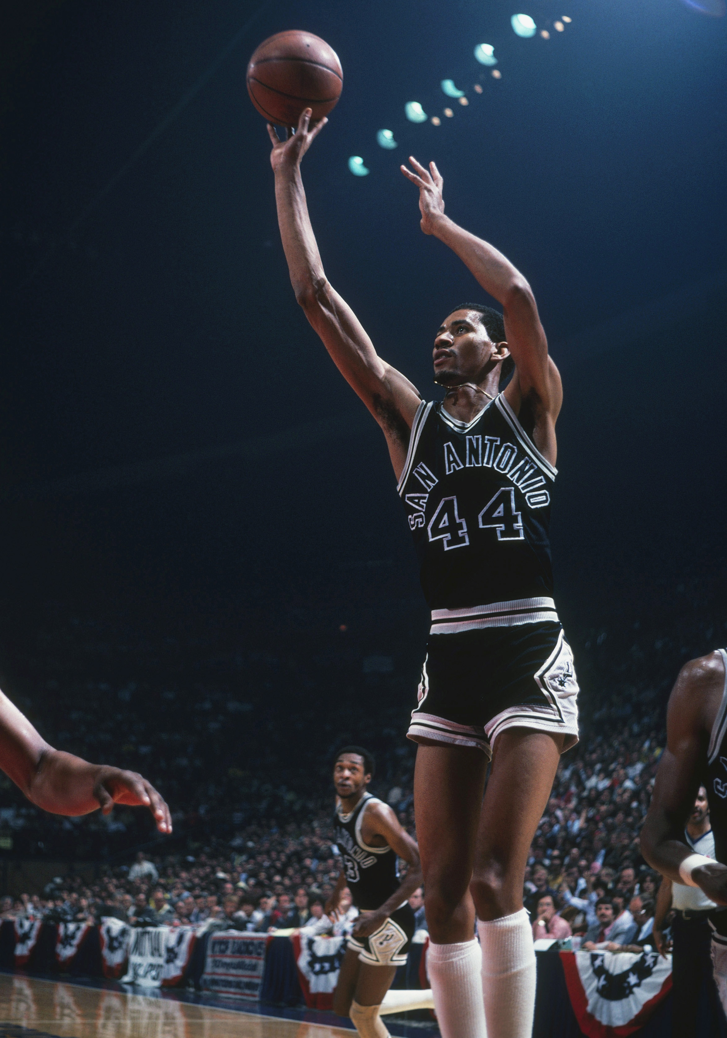 "George ""The Iceman"" Gervin a San Antonio legend Pounding The Rock"