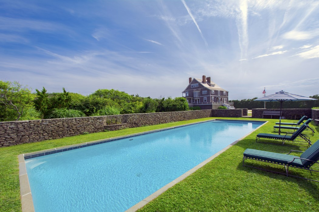 Historic Hamptons Home In The Georgica Association Comes