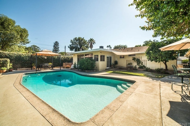 Los angeles homes for sale what 600k buys you in the san for Los angeles homes for sale with pool