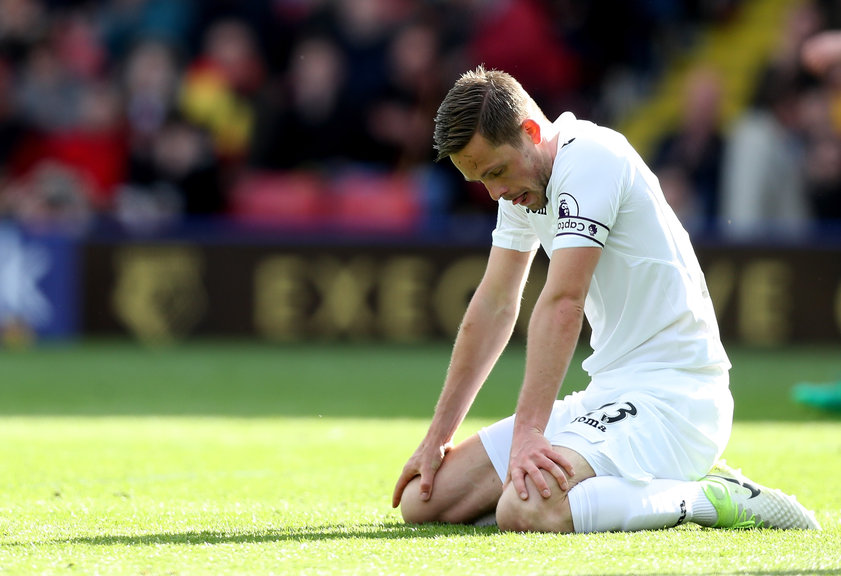 Gylfi Sigurdsson not in Swansea squad to face Southampton, says Paul Clement