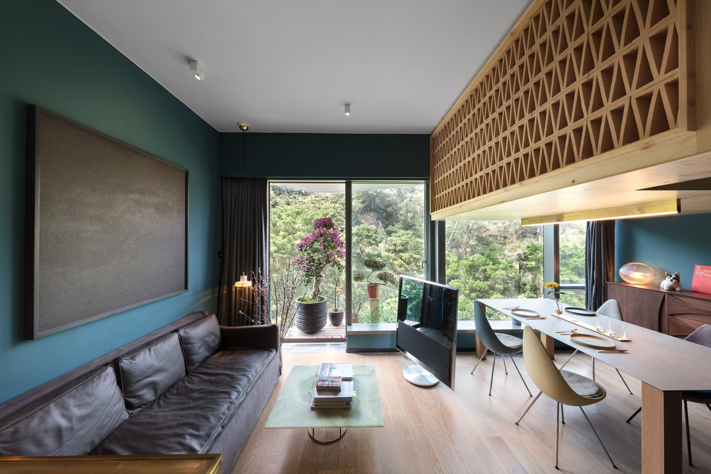 366-square-foot apartment gets space-saving renovation - Curbed