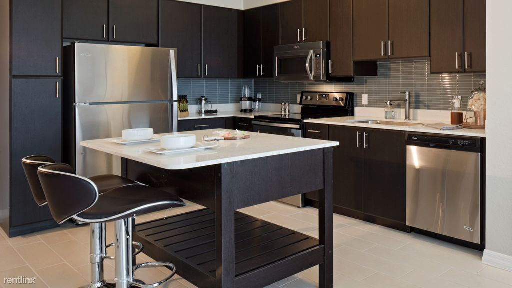 This One Bed, One Bath Near The Shops At Merrick Park Has 670 Square Feet  Of Living Space; A Kitchen Outfitted With Granite Countertops And Stainless  Steel ...