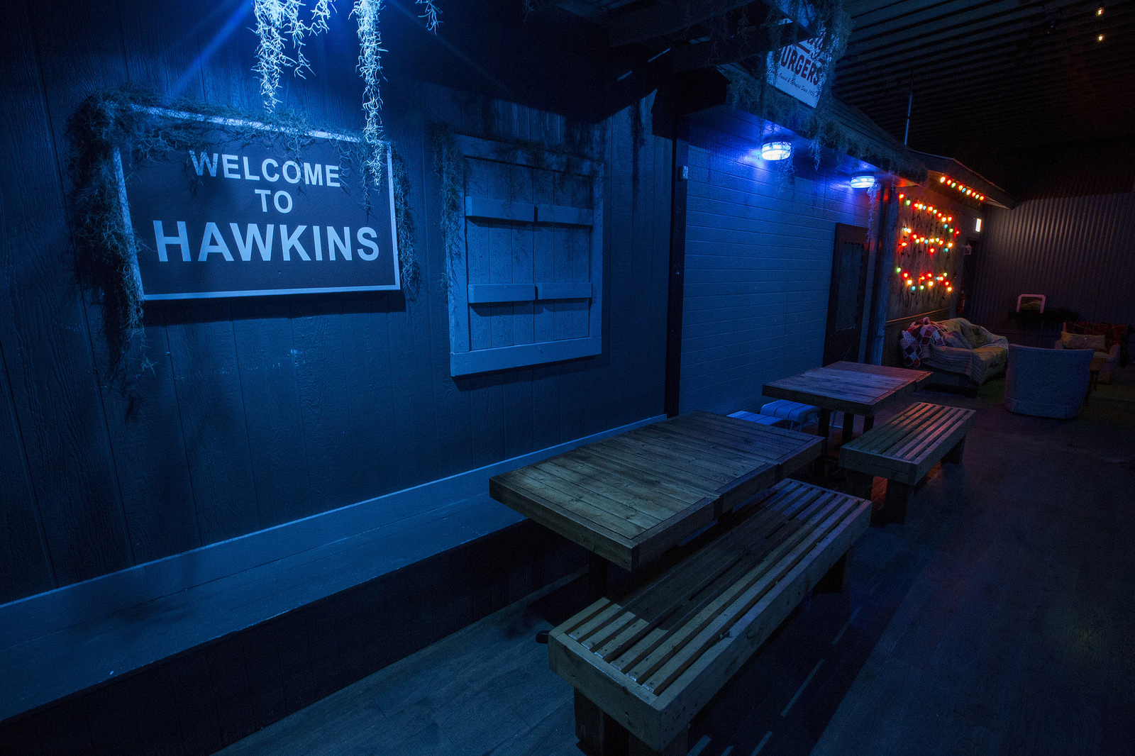 A Look Inside The Stranger Things Bar Pop Up In Chicago