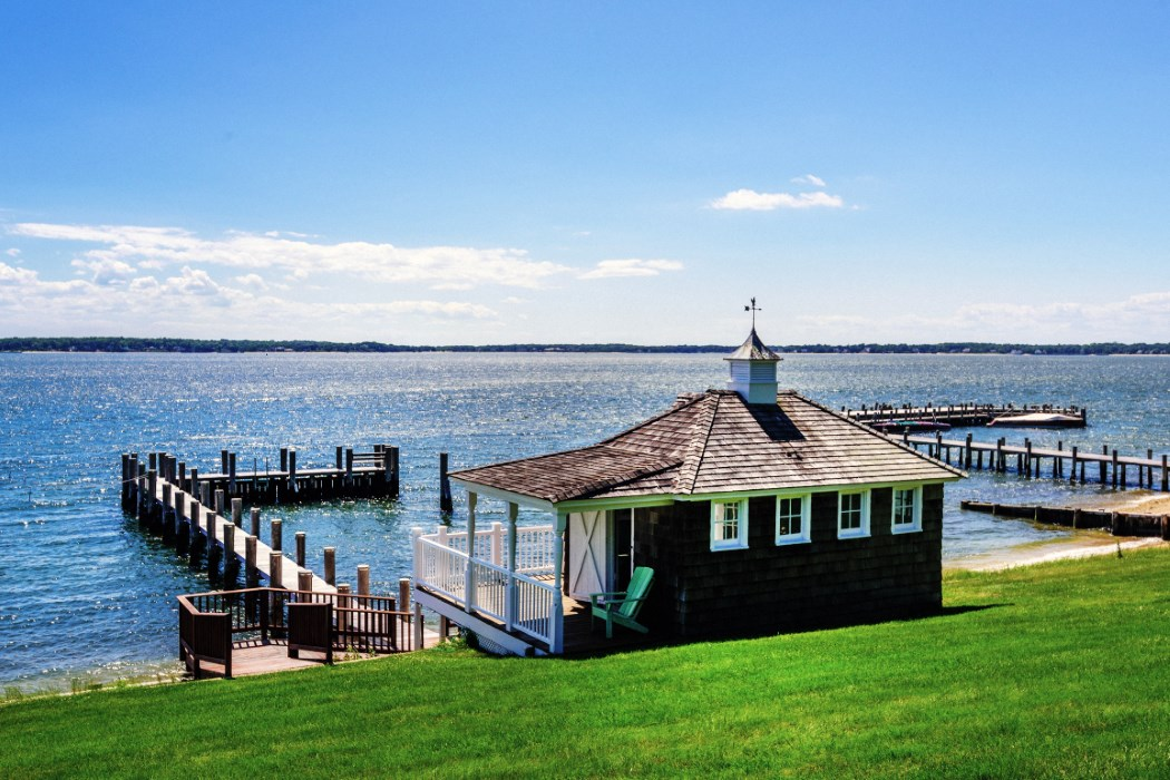 The most expensive home for sale on shelter island slashes for Houses for sale shelter island