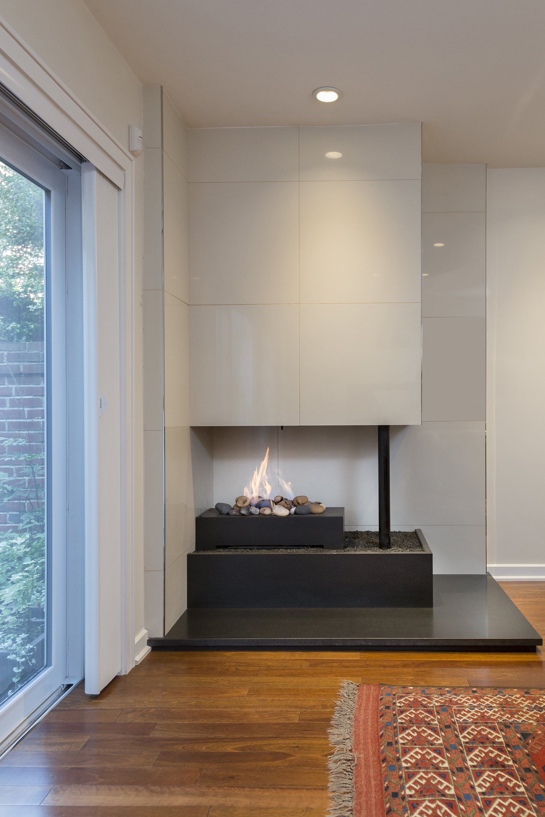 Washington Square West surprises with modern interior, asks $925K ...