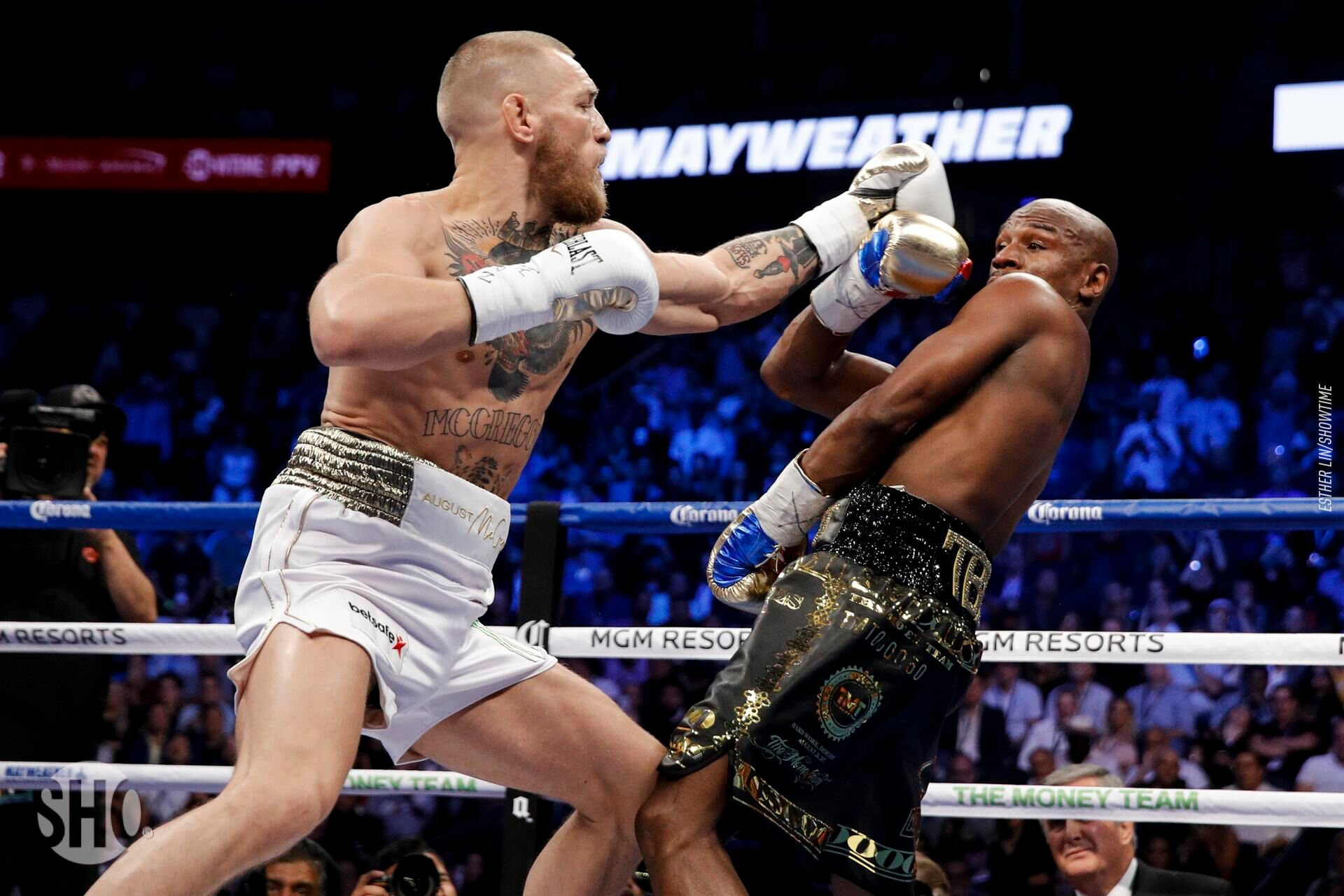 conor mcgregor vs floyd