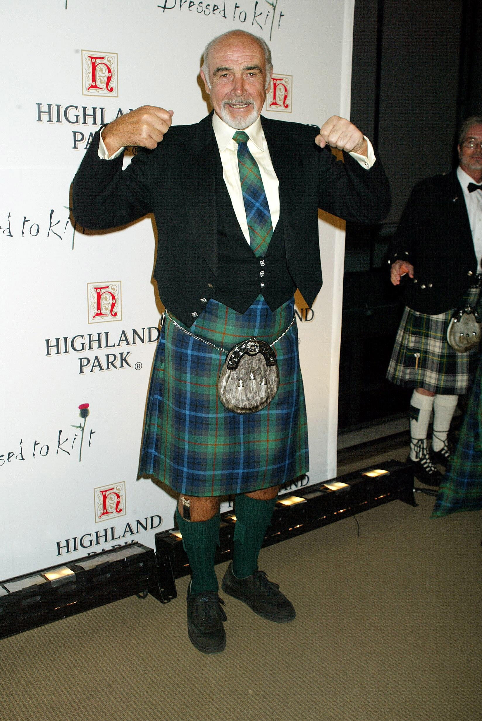 Should you wear underwear with a kilt? 9 questions about ...