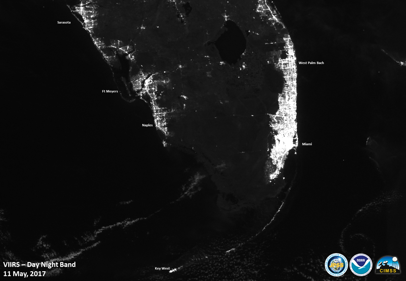 Hurricane Irma climbs Florida coast, unsafe  storm surges feared