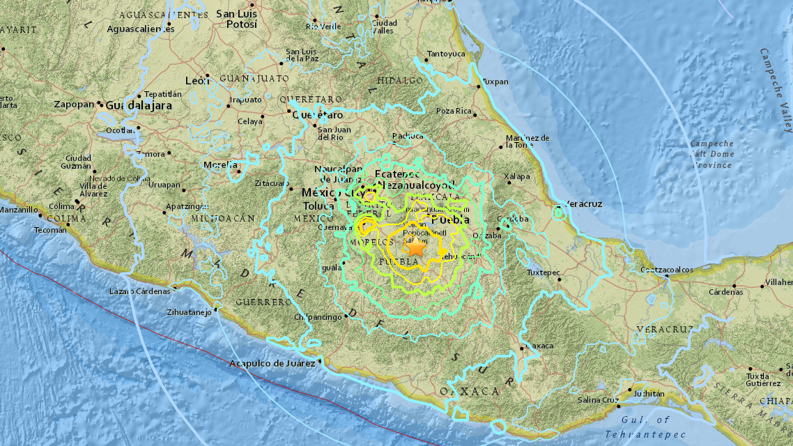 More than 140 die in huge Mexico quake