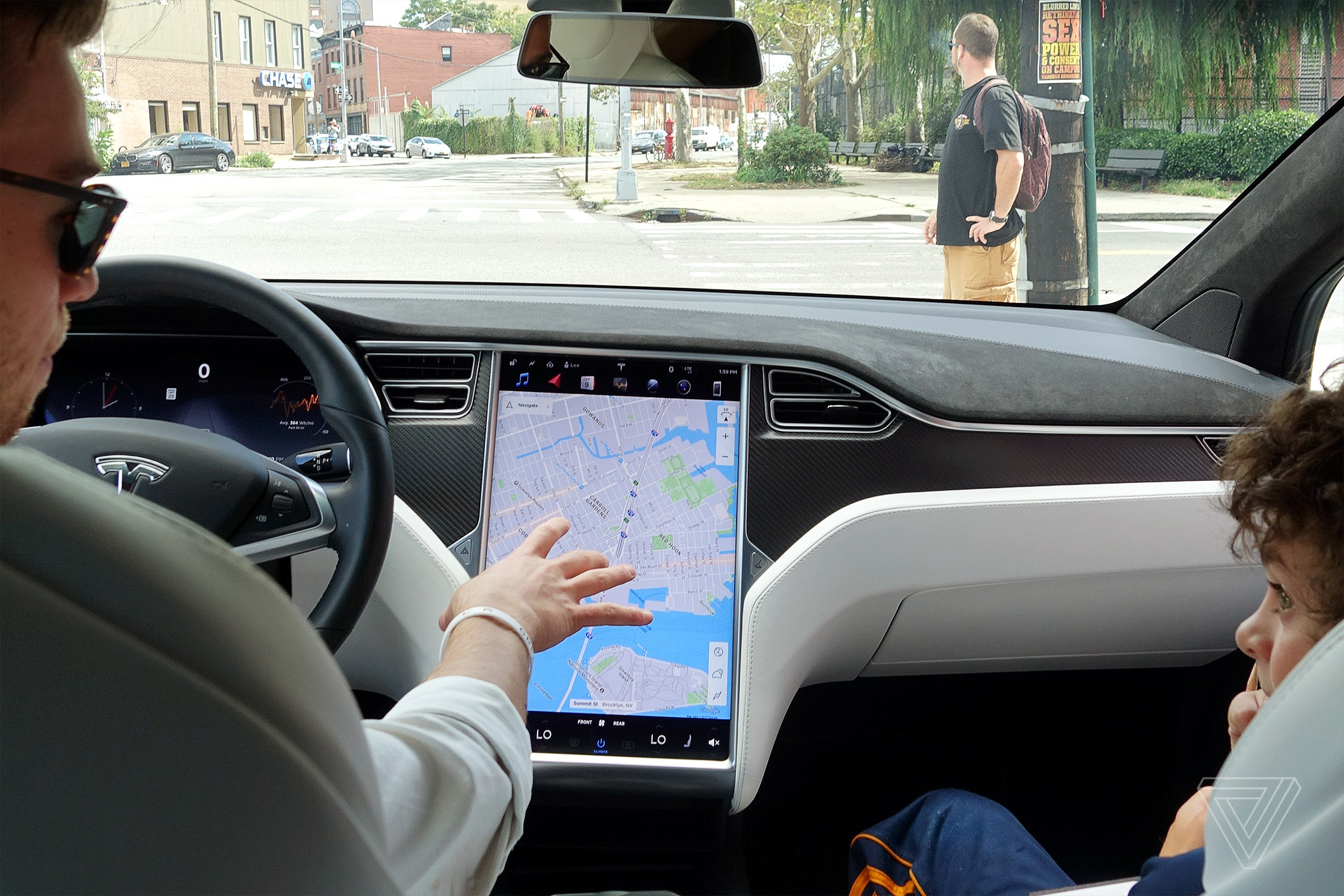 A Nineyearold Reviews The Tesla Model X The Verge - Tesla canadian maps for us car