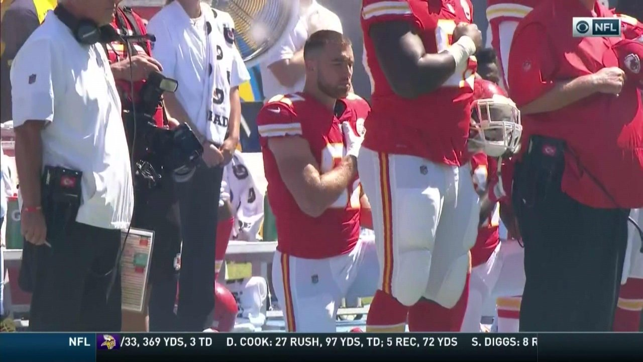 Chiefs Travis Kelce took a knee during the national anthem