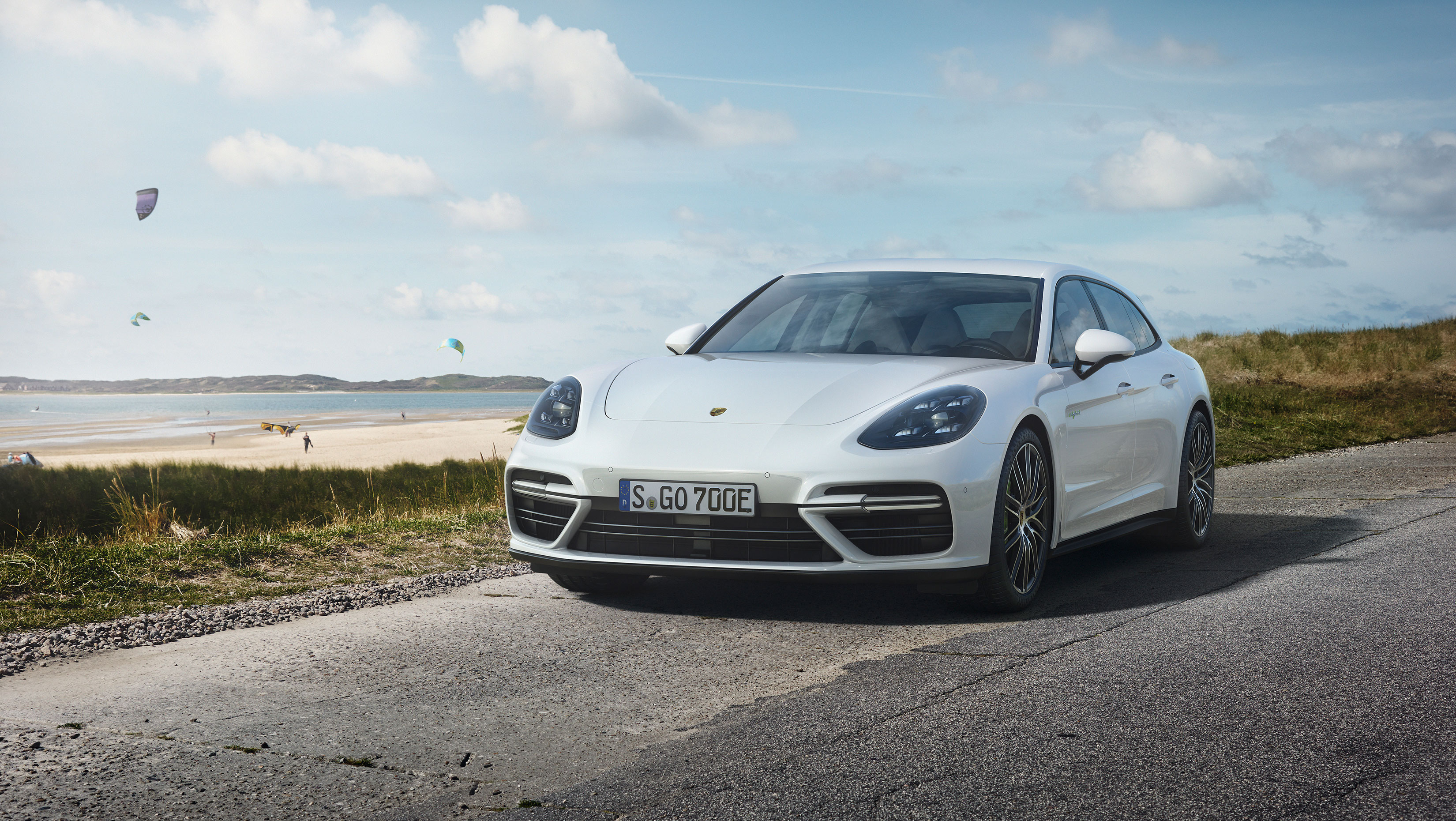 Porsche Just Made A 680 Horsepower Plug In Hybrid Wagon