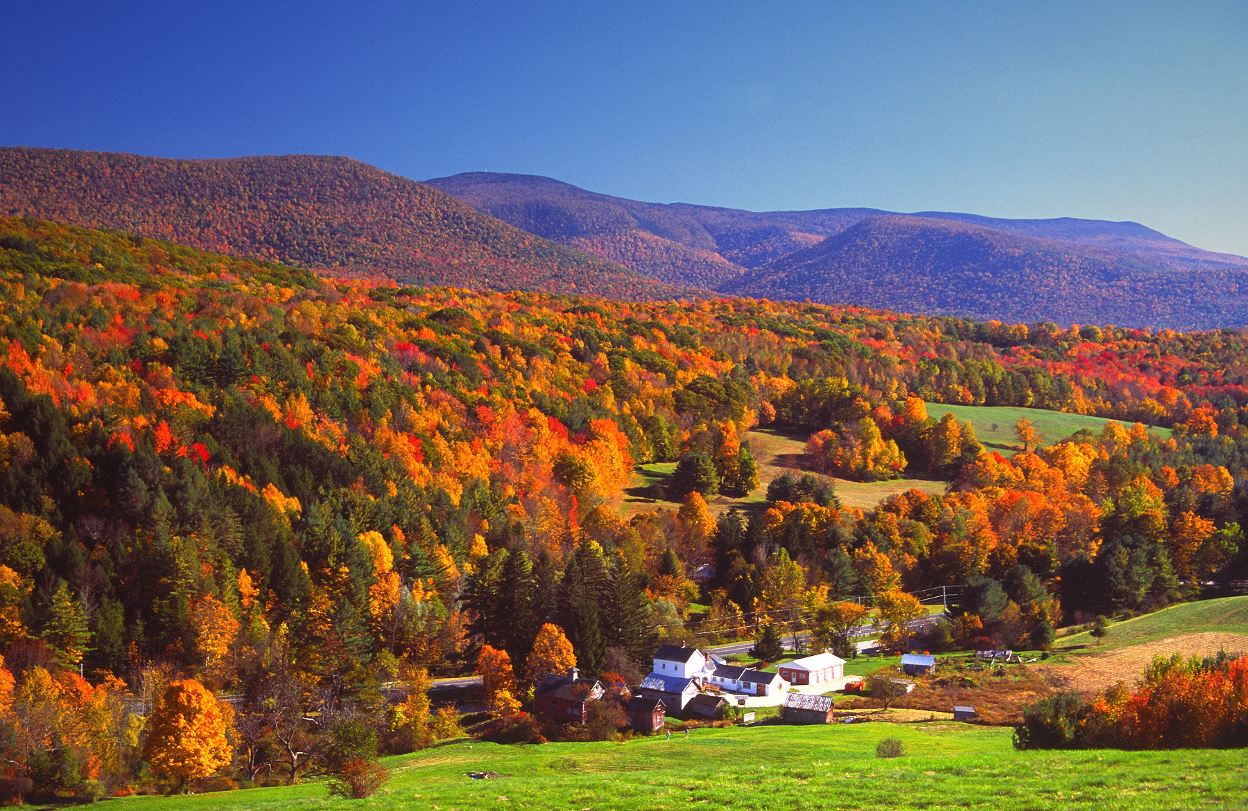 New England Fall Foliage Best Areas To Watch The Leaves
