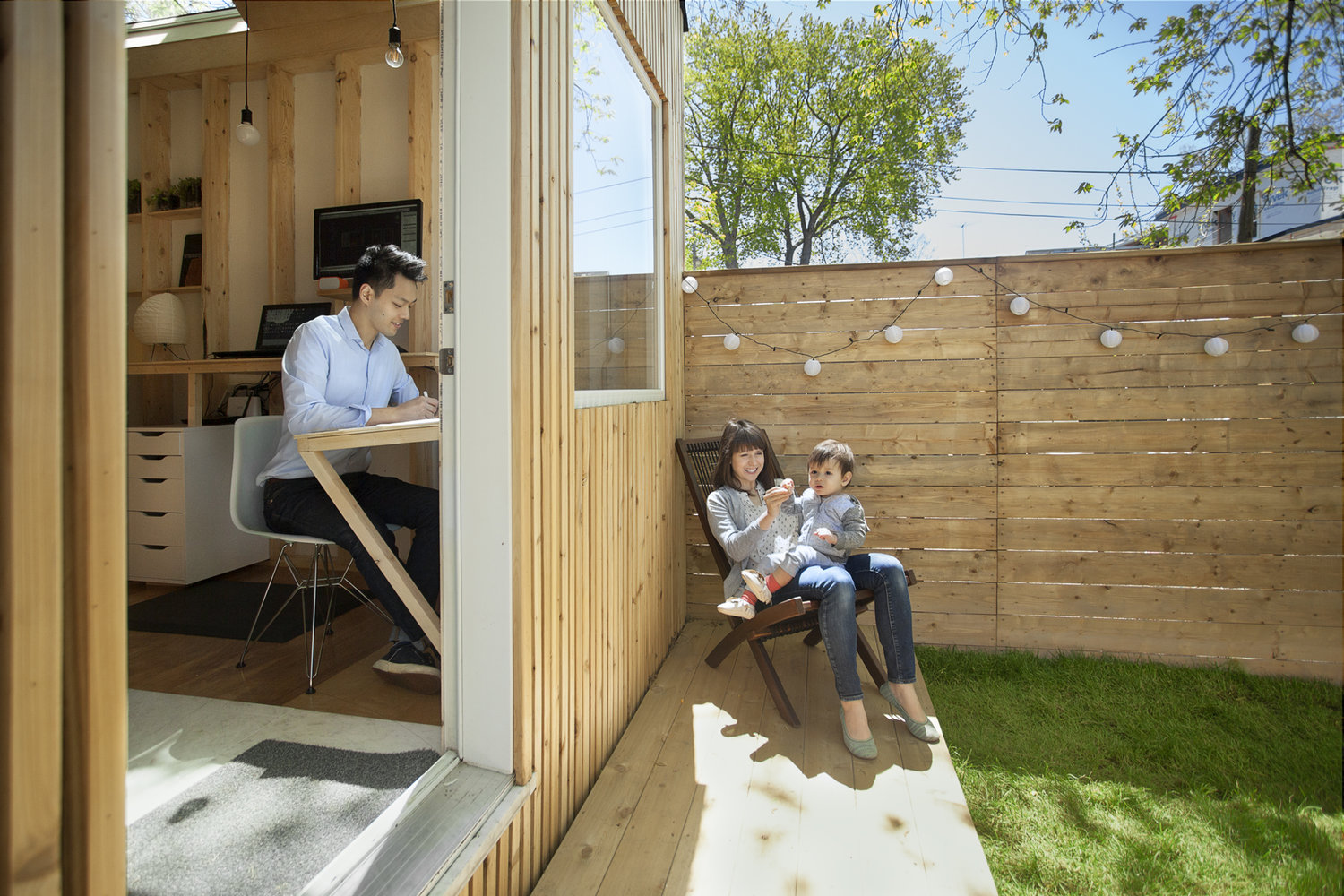tiny backyard studio lets architect keep an eye on his kid curbed
