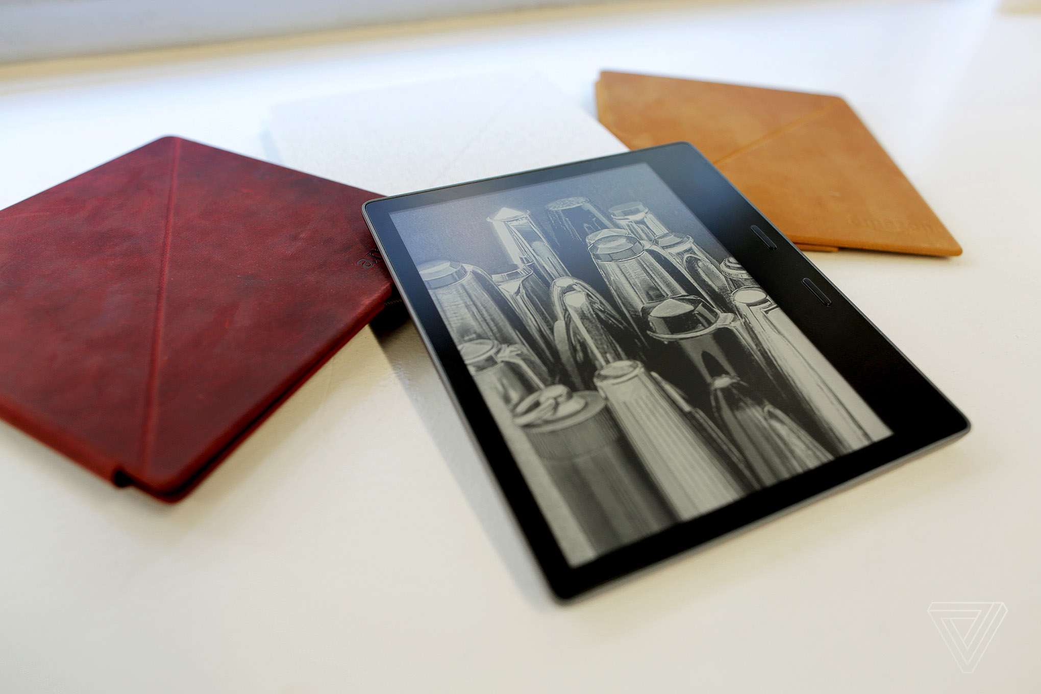 Amazon unveils the new Kindle Oasis, its highest-resolution e-reader yet