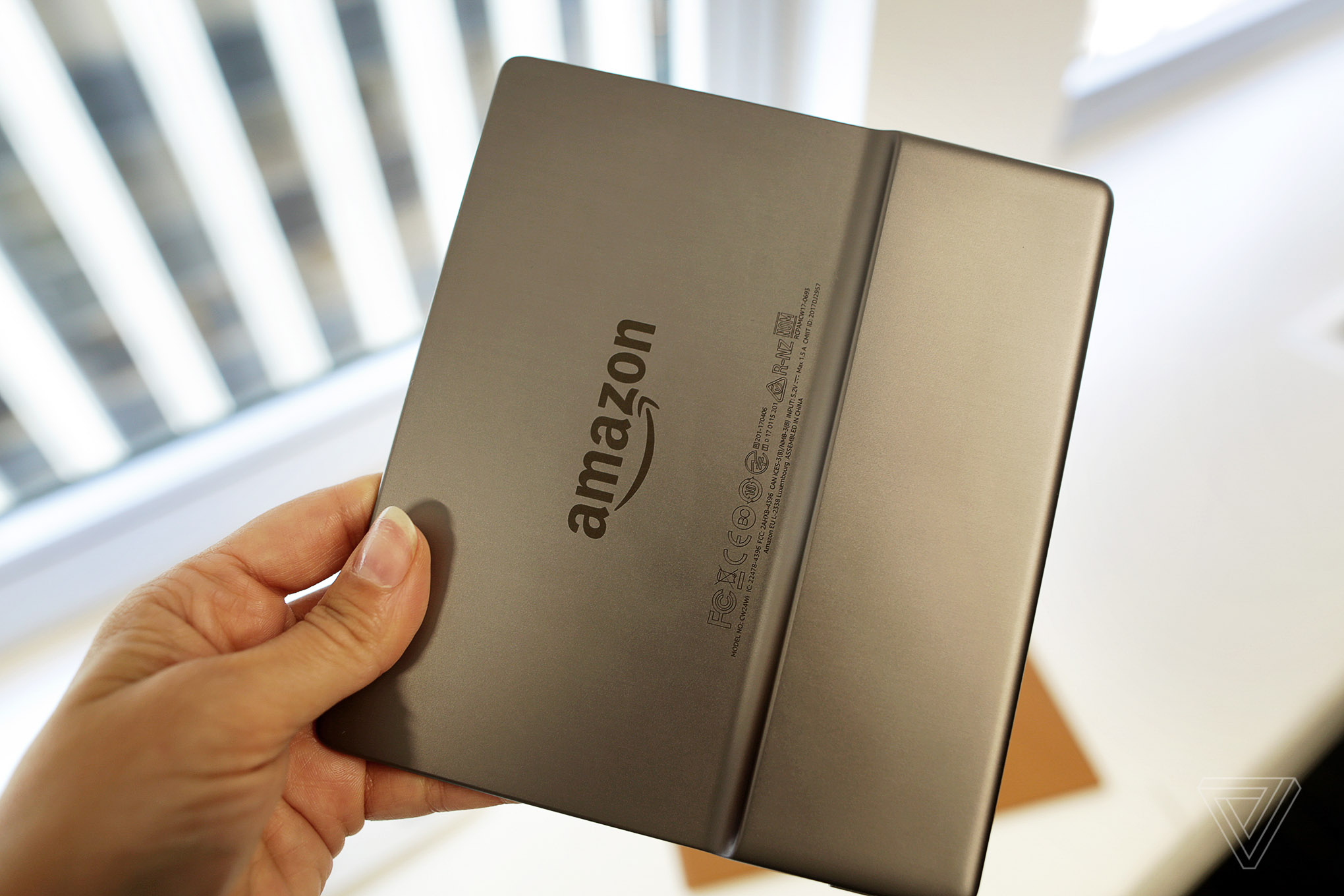 Amazon launches Kindle which can be read in the bath
