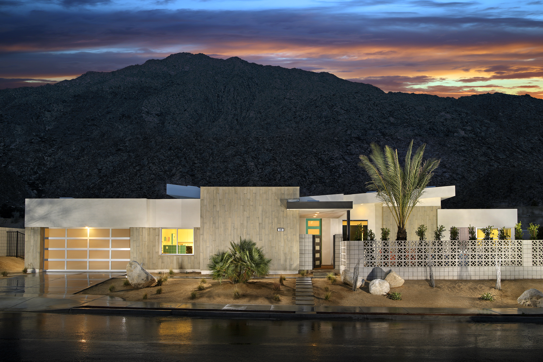 Building midcentury modern homes curbed for New modern homes palm springs