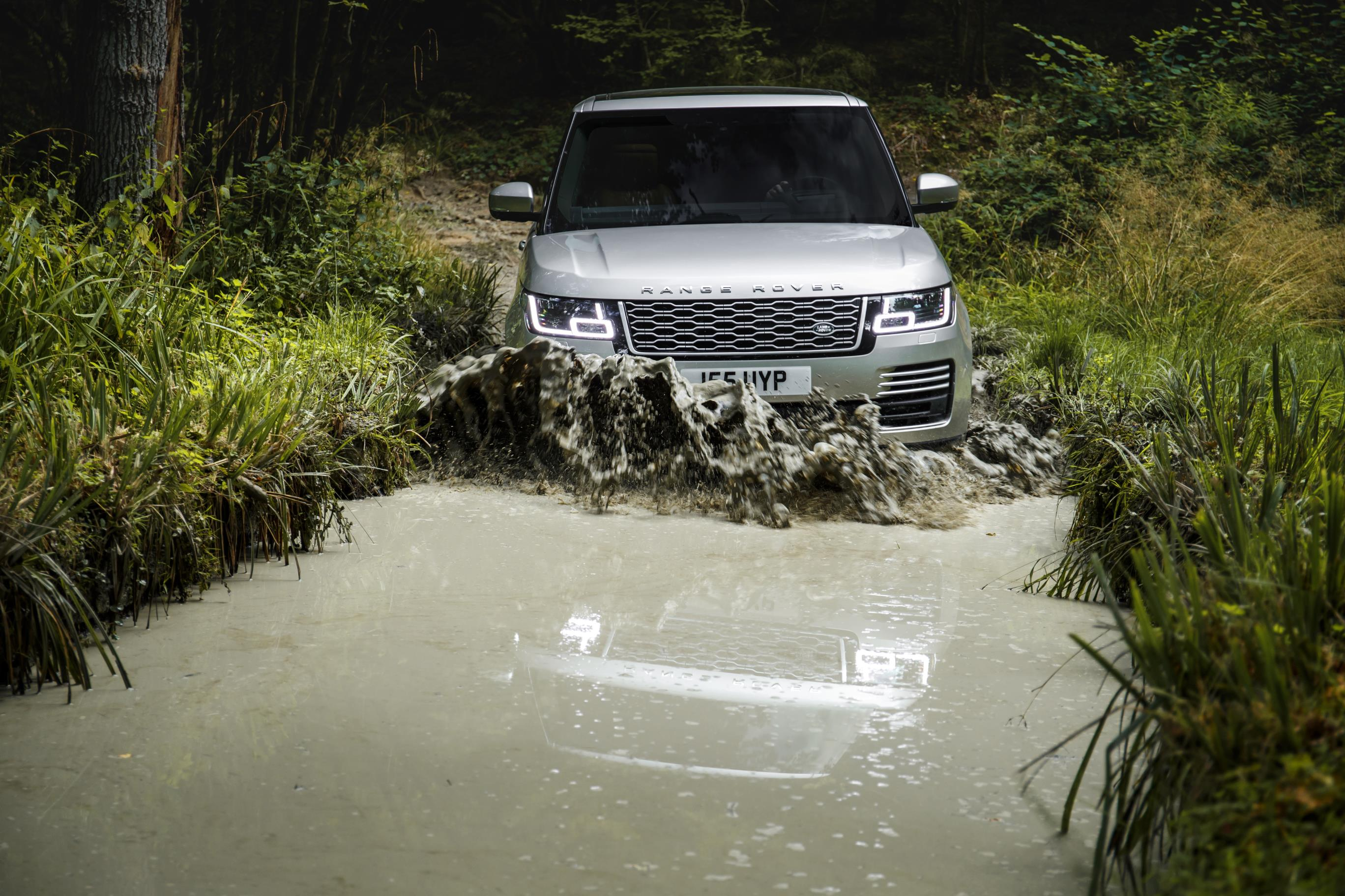 Land Rover reveal updated Range Rover