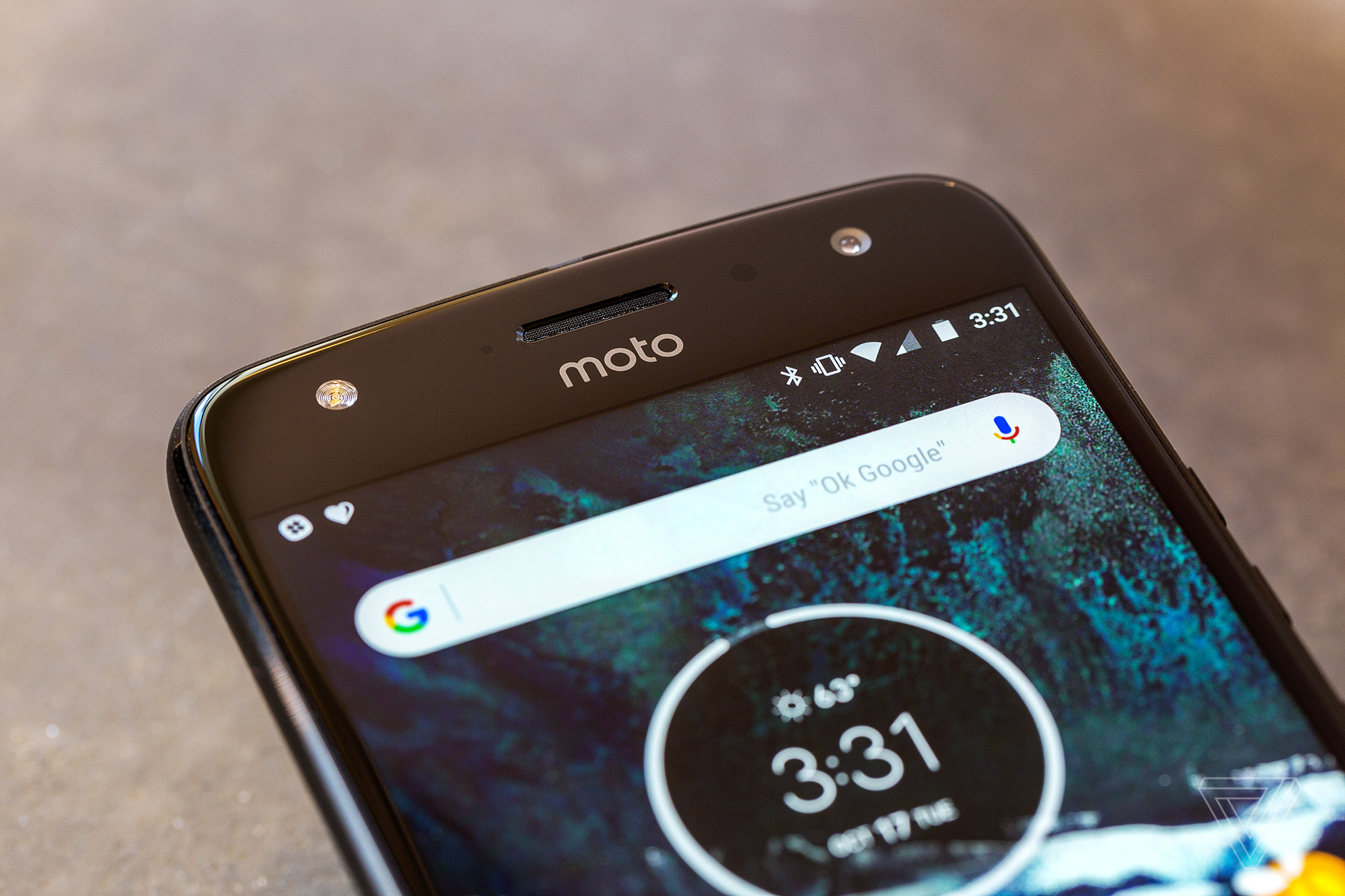 motorola x4. the moto x4 android one version has identical hardware and design to that will be sold through motorola in us other parts of world.