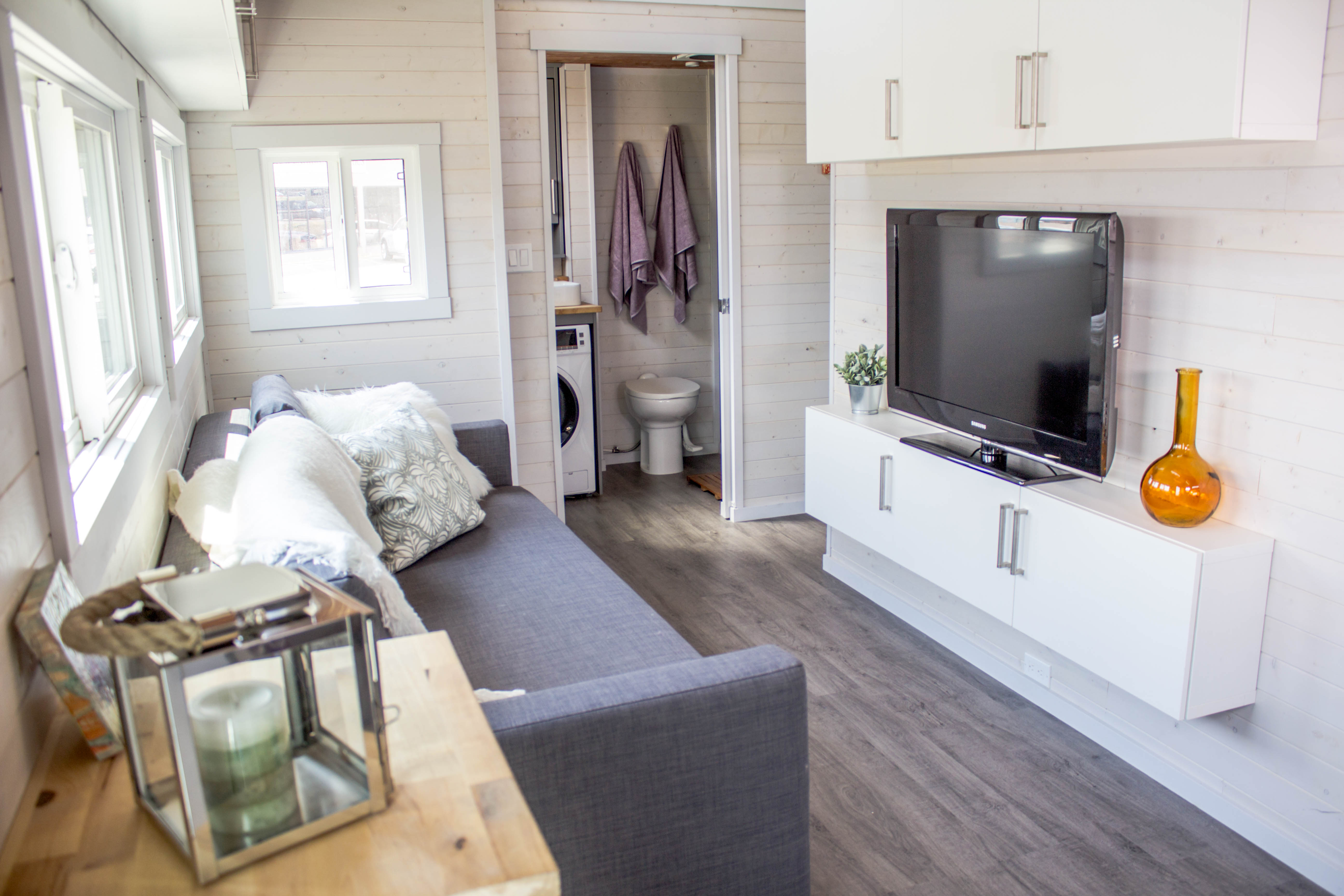 Tiny house pops out for extra space - Curbed