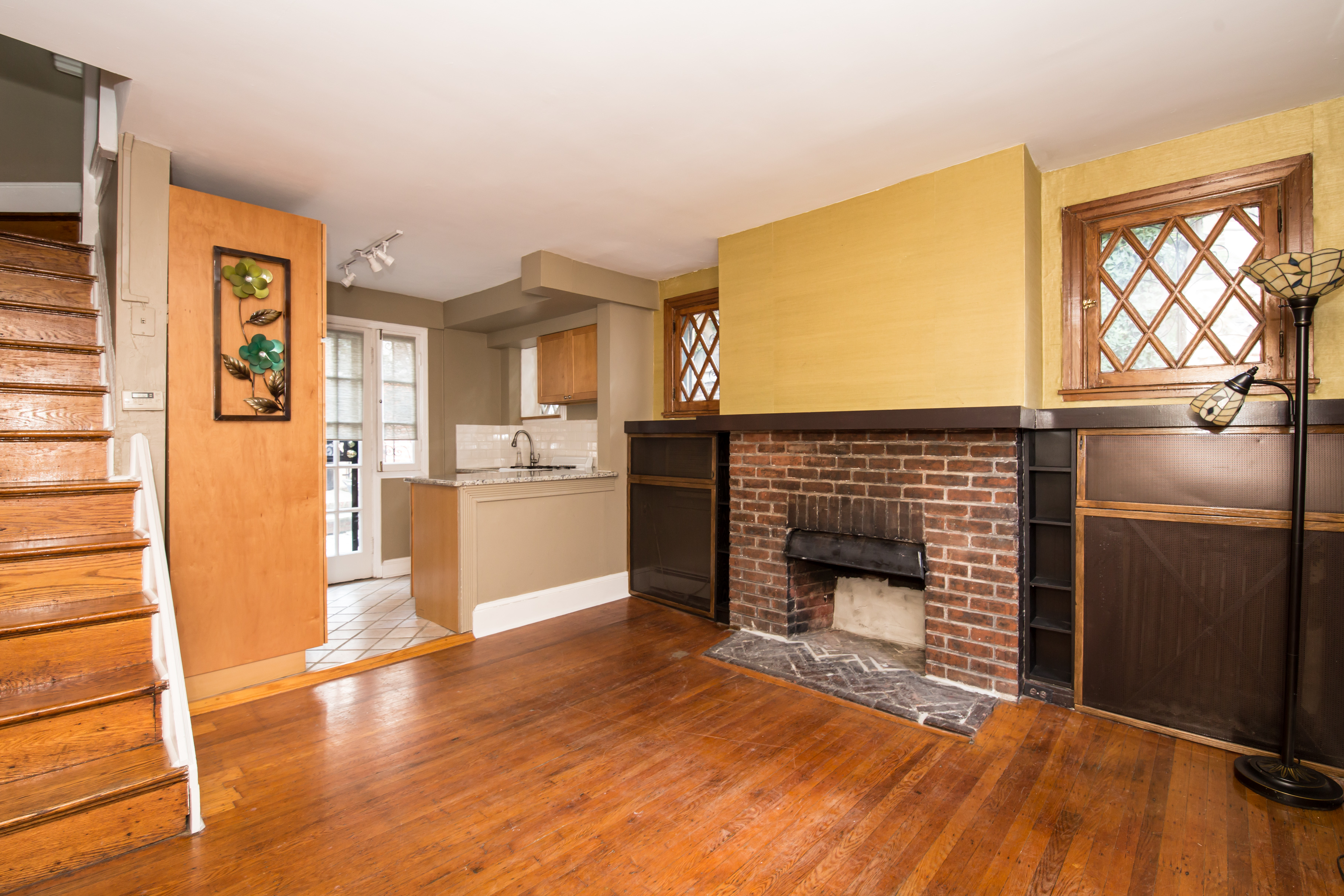 small home tucked away in rittenhouse square asks 395k curbed
