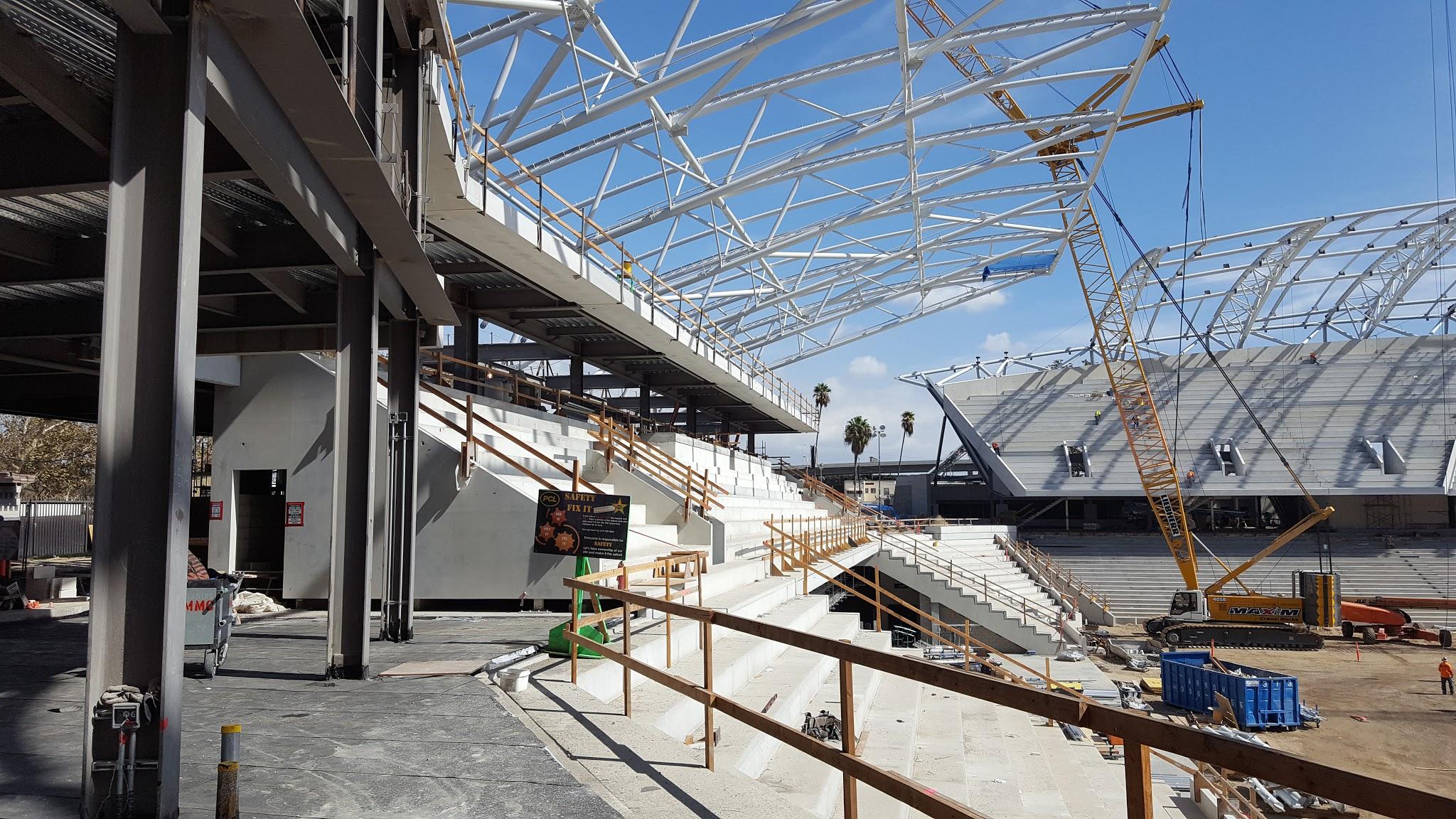 New Los Angeles soccer stadium inching toward pletion Curbed LA