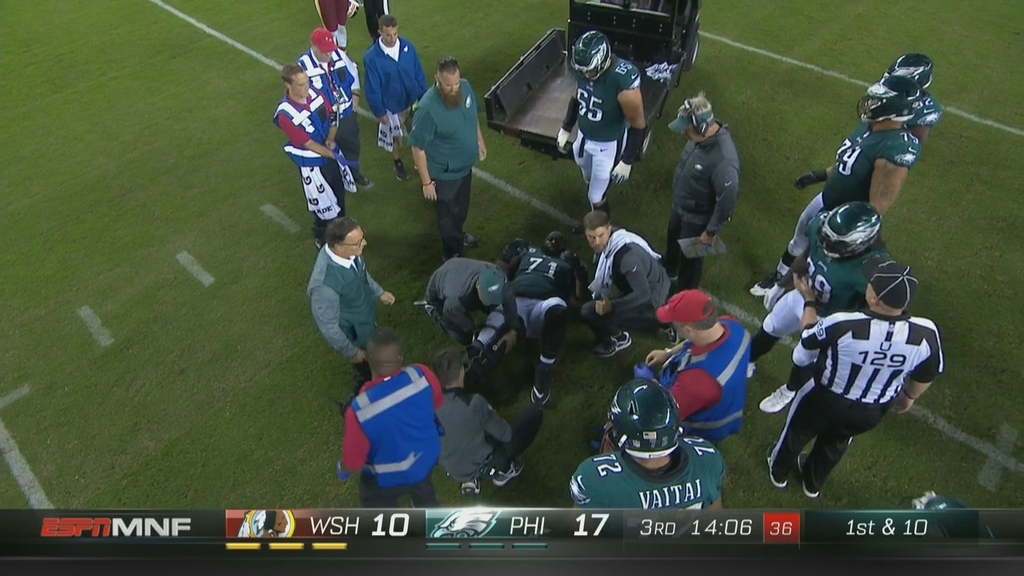 Eagles OT Jason Peters carted off with leg injury vs. Washington